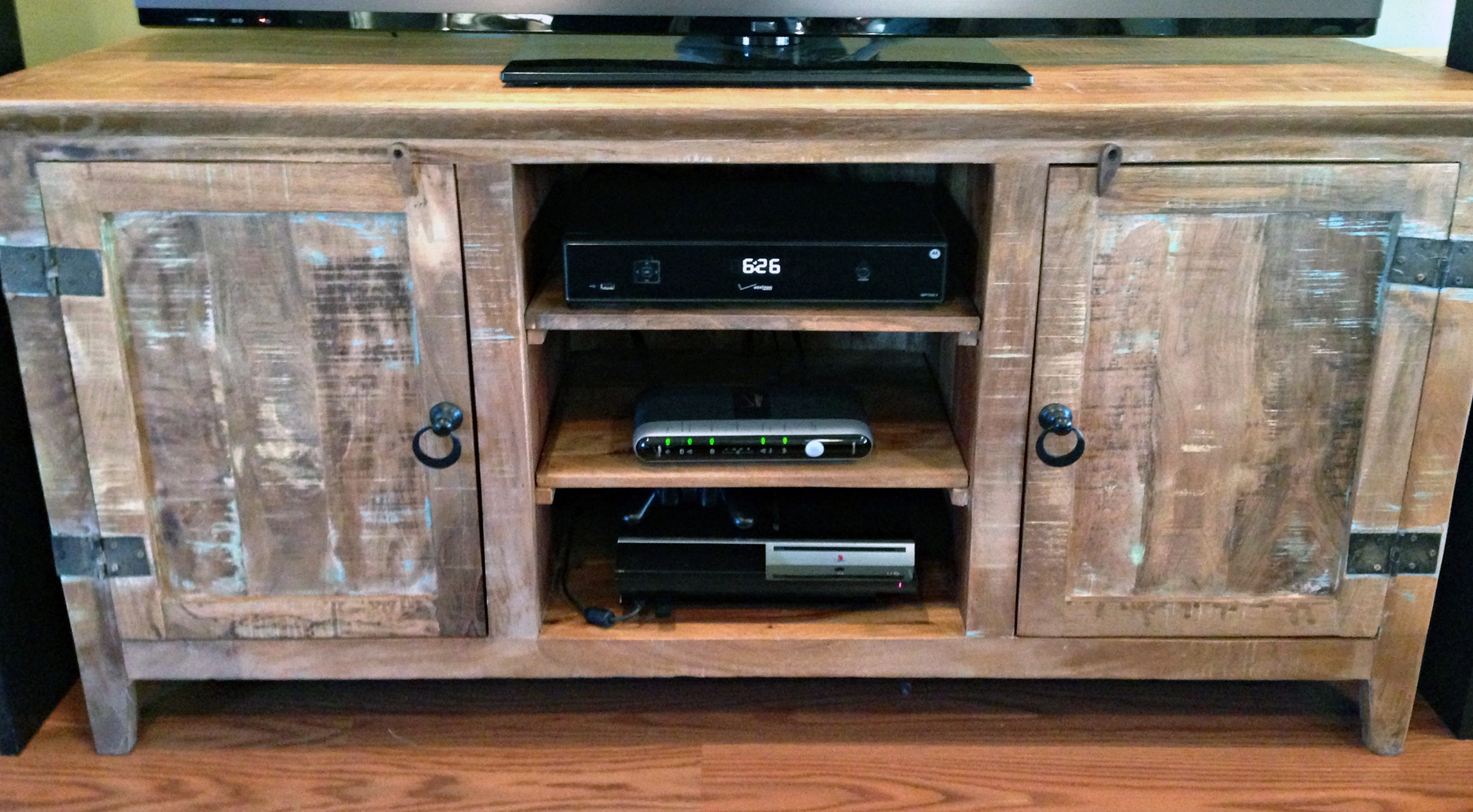 35 Supurb Reclaimed Wood Tv Stands & Media Consoles Intended For Recycled Wood Tv Stands (View 15 of 15)