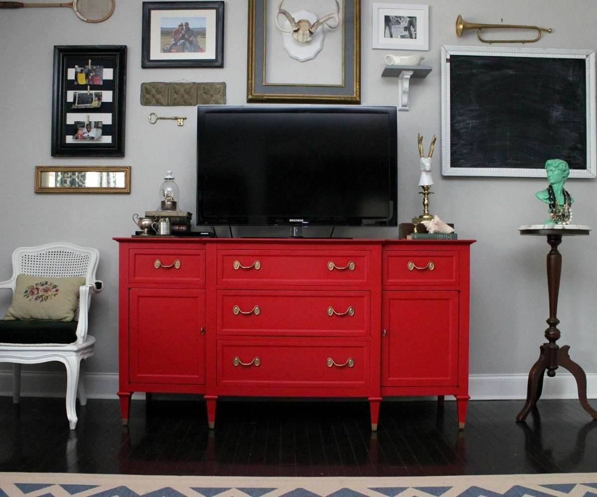 Absorbing Red Retro Curved Pedstal Tv Stand Opr Big Av To Intended For Black And Red Tv Stands (View 1 of 15)