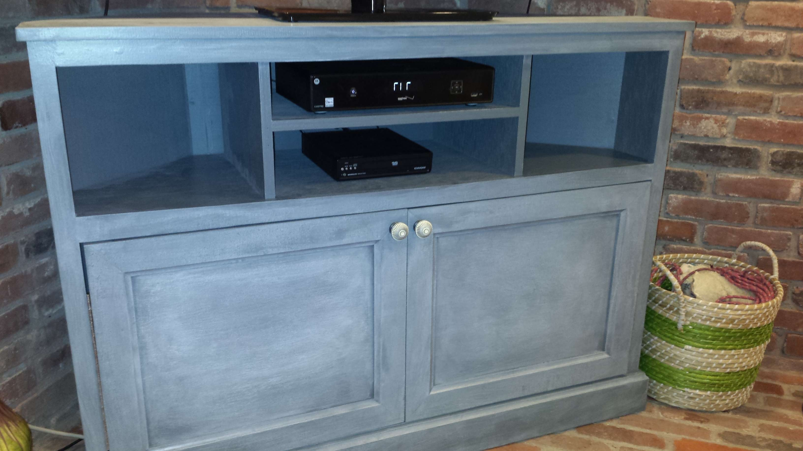 Ana White | Corner Tv Stand – Diy Projects With Blue Tv Stands (View 10 of 15)
