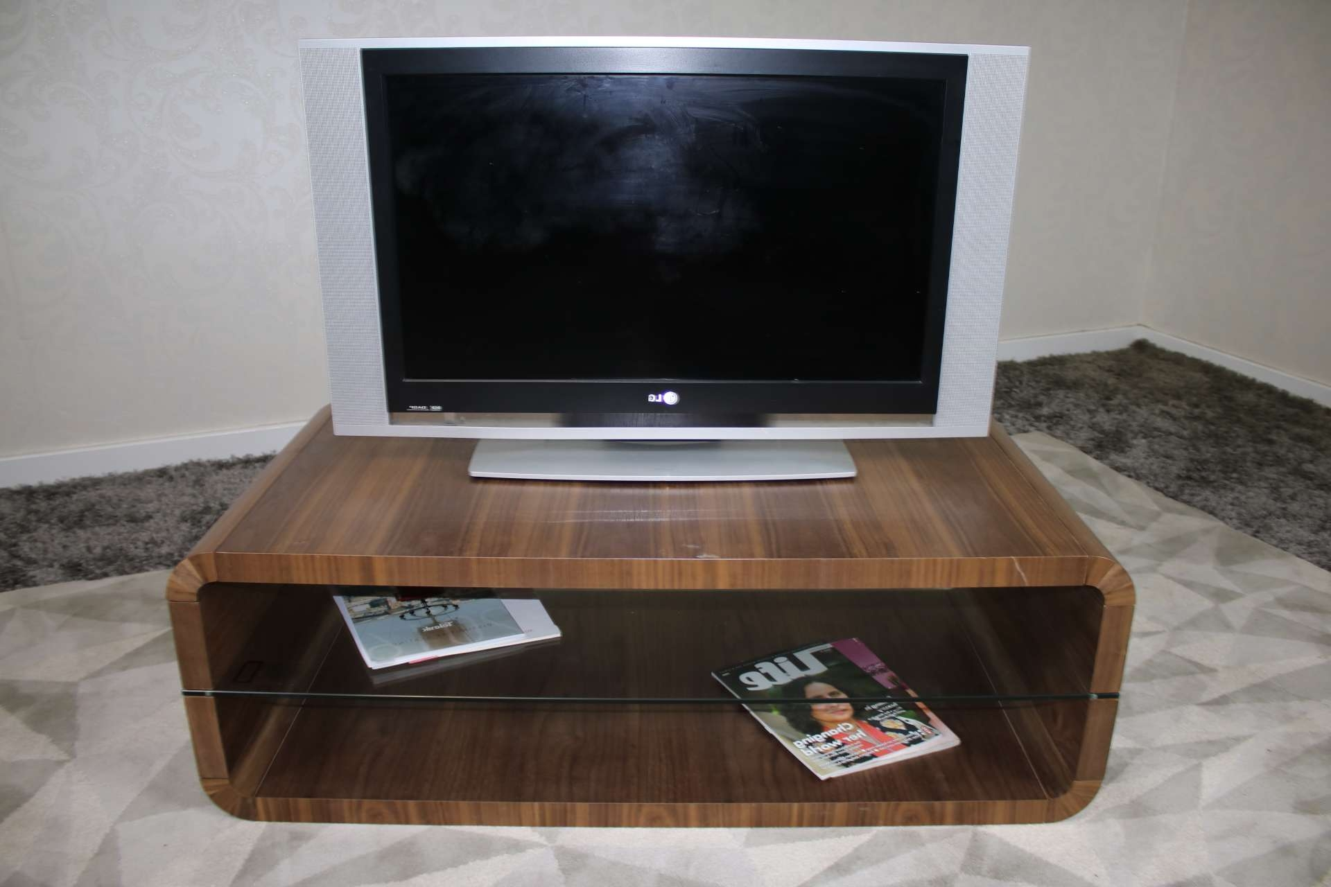 Coffee Table : Fabulous 3 Piece Coffee Table Set Tv Coffee Table Intended For Round Tv Stands (View 7 of 15)