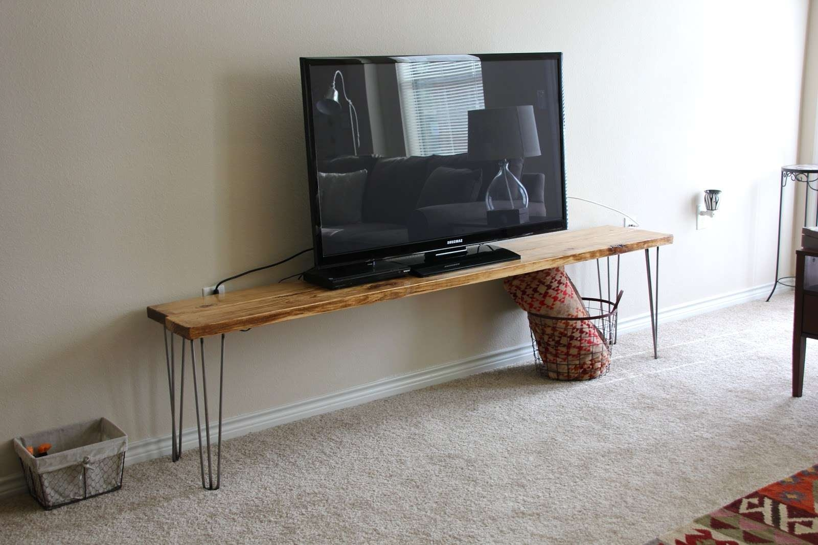 Cool Diy Narrow Wood Industrial Tv Stands With Hairpin Legs Ideas Regarding Hairpin Leg Tv Stands (View 3 of 15)