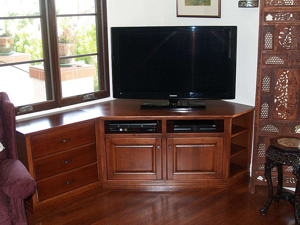 Corner Tv Stand With Hutch Including Simple Furniture Set Gallery Throughout Triangular Tv Stands (View 2 of 15)