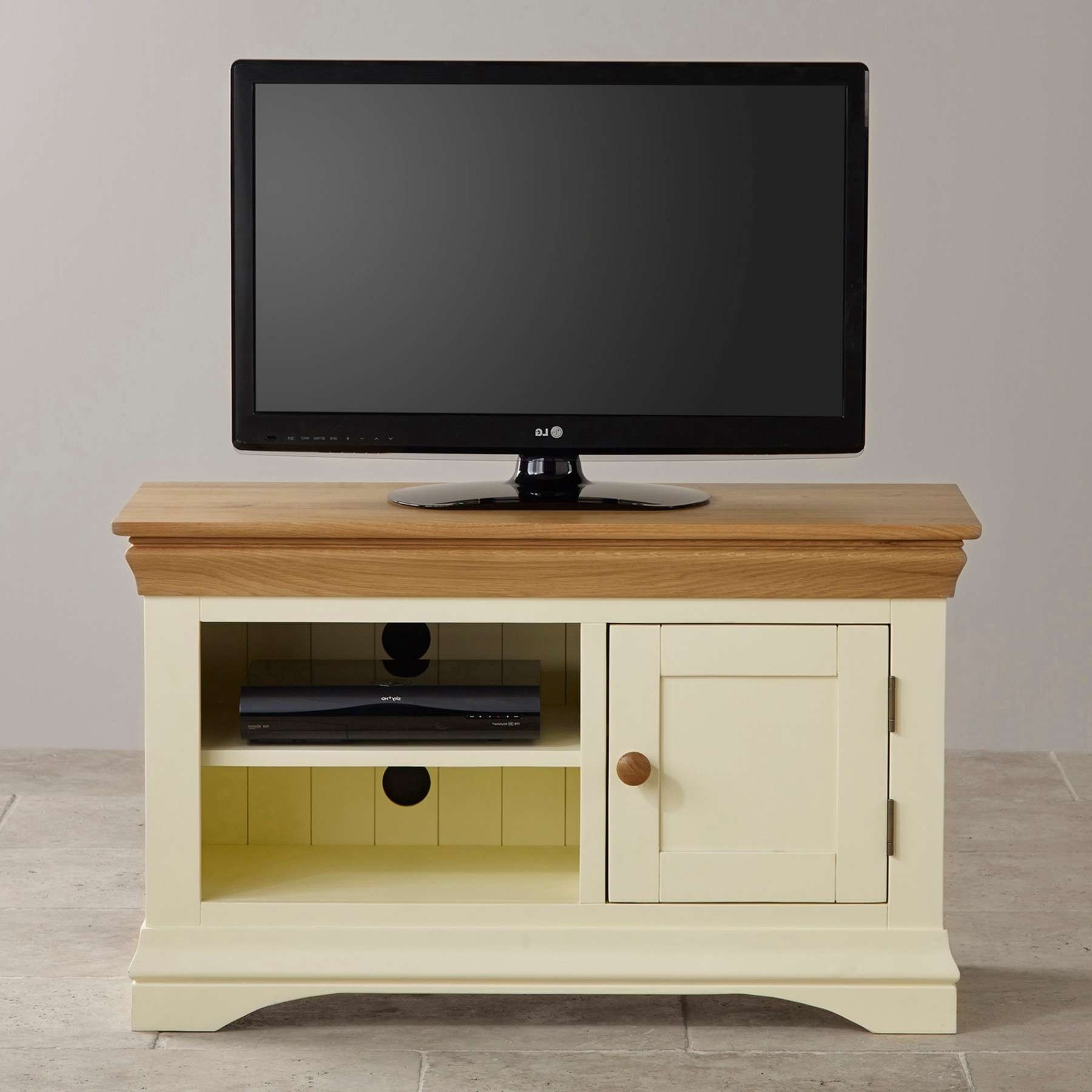 Country Cottage Natural Oak And Painted Small Tv Stand Oak With Painted Tv Stands (View 2 of 15)