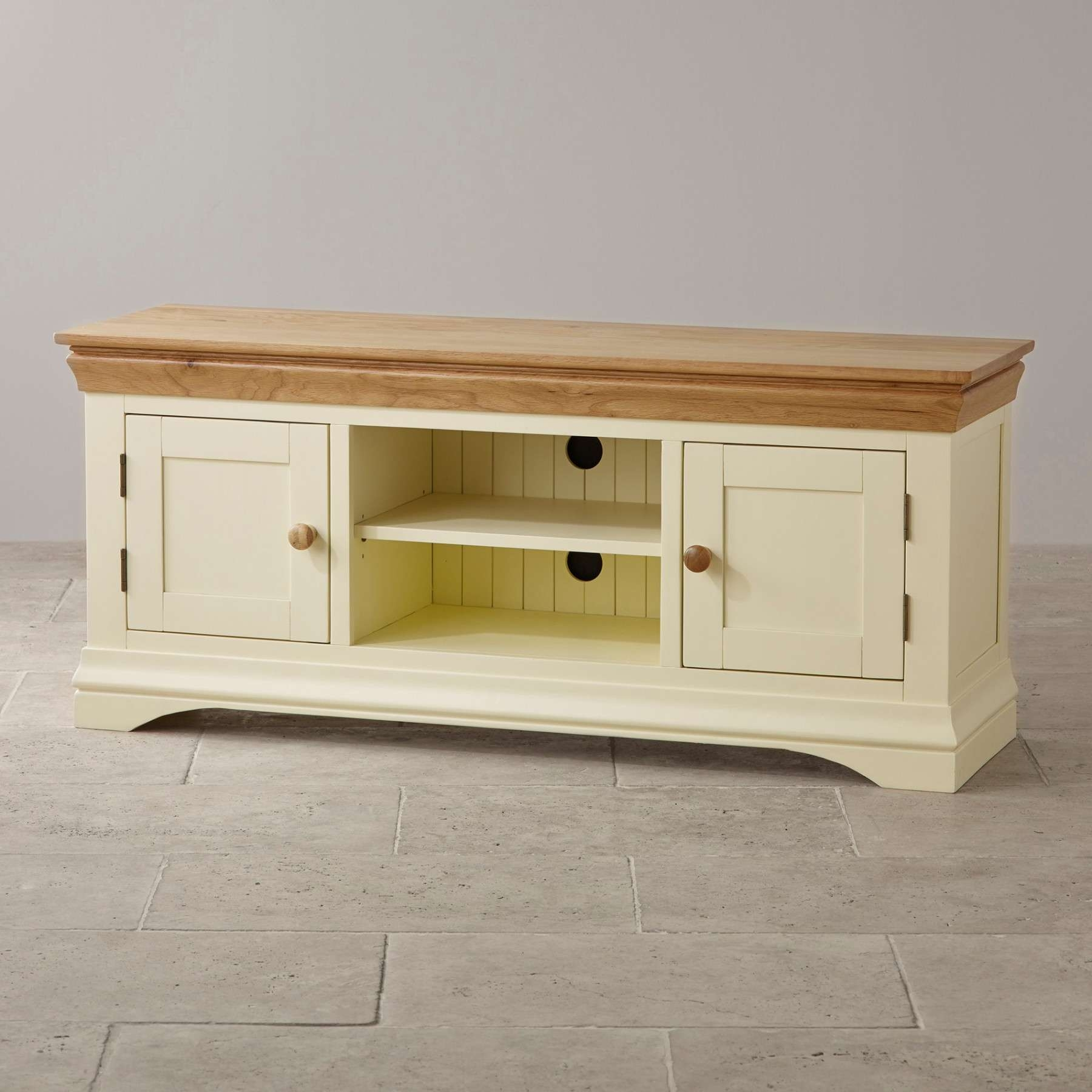 Country Cottage Natural Oak And Painted Widescreen Tv Stand Oak Pertaining To Country Tv Stands (View 4 of 15)