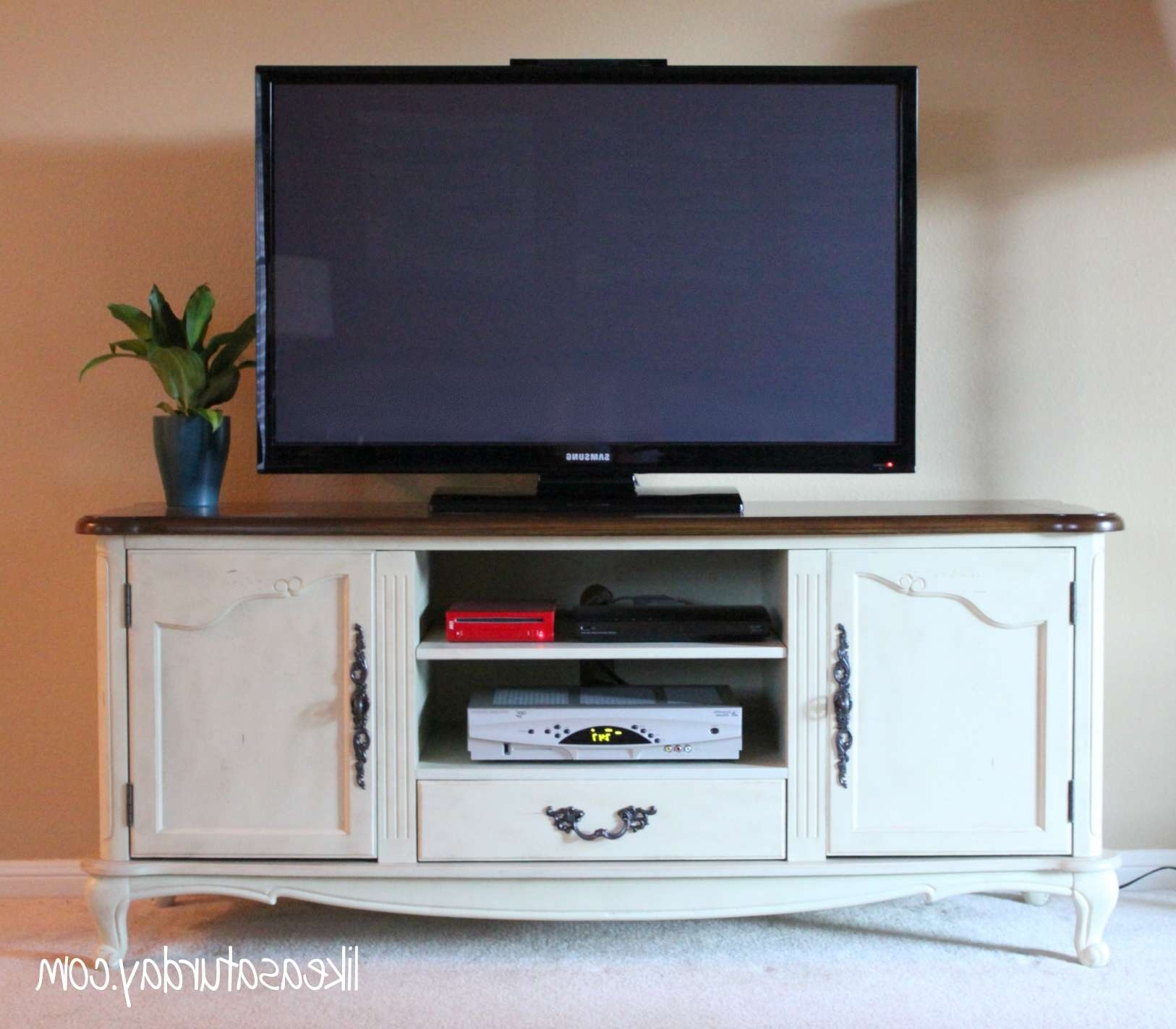 Especial Photo How To Install Spotlights To Ikea A Living Room With Yellow Tv Stands Ikea (View 6 of 20)