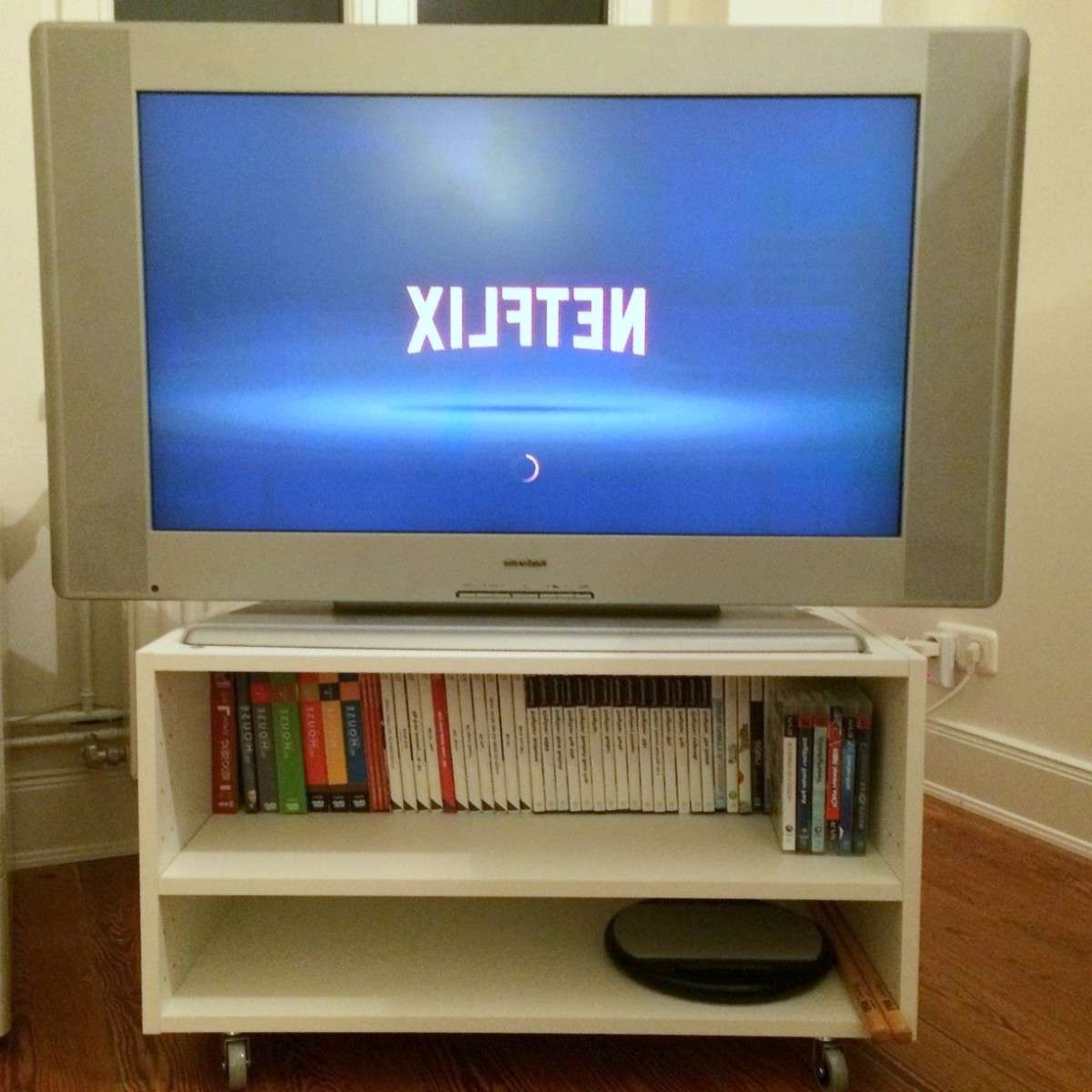 Furniture. Amazing Designs Ideas Of Small Tv Stands (View 4 of 20)