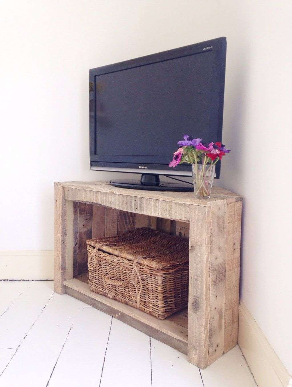 Furniture: Compact Small Rustic Wooden Corner Tv Stands With With Single Tv Stands (View 6 of 15)