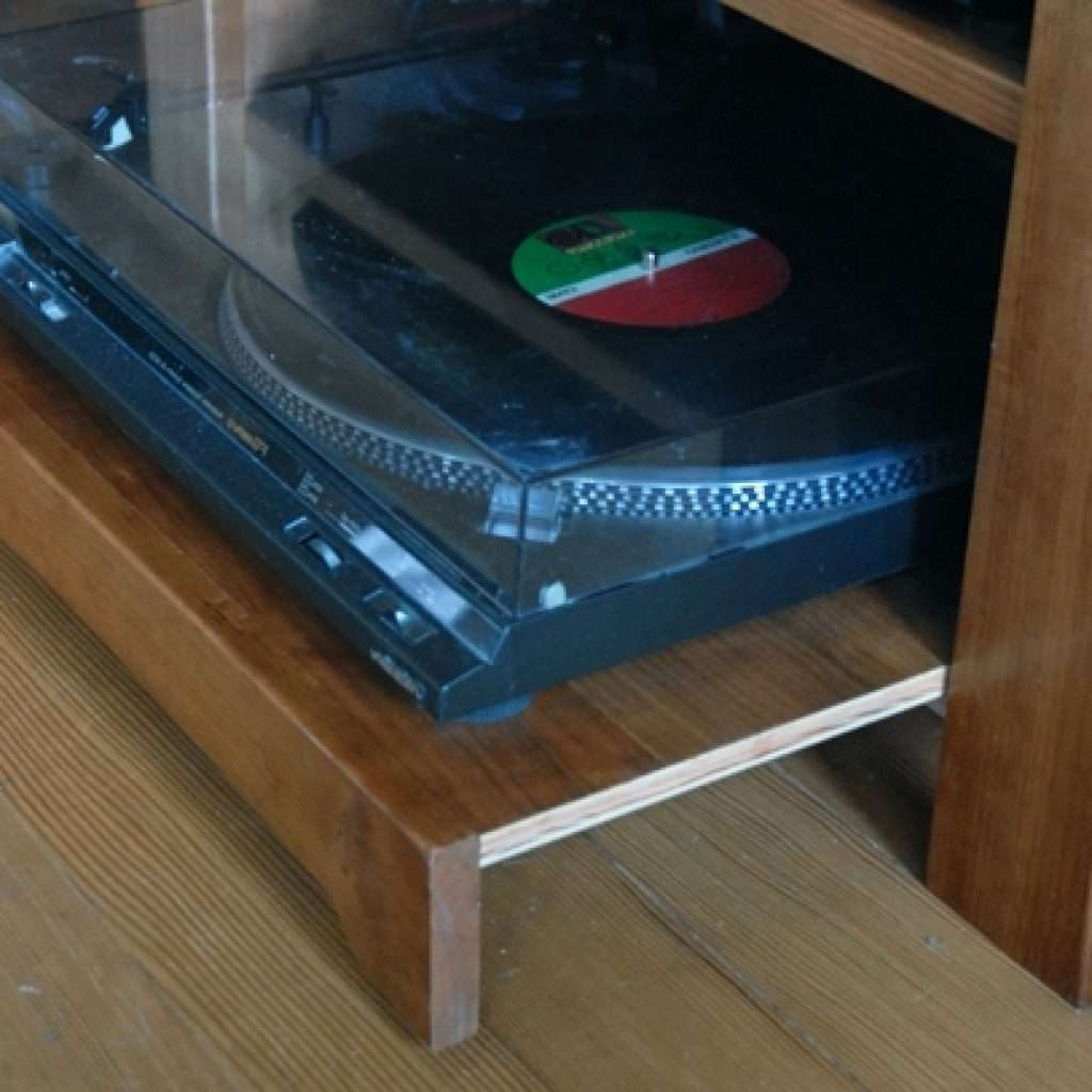 Gallery Turntable Tv Stand – Mediasupload Inside Turntable Tv Stands (View 6 of 15)