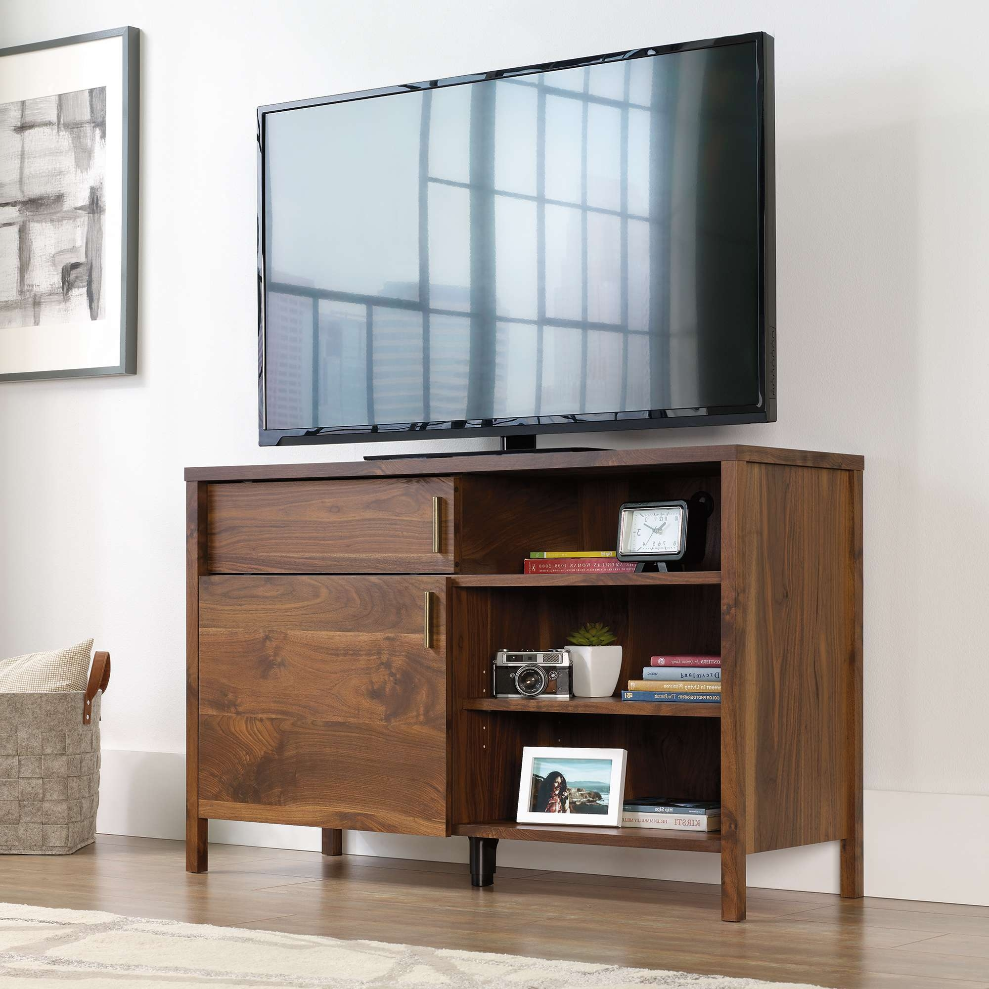Harvey Park | Tv Stand | 421982 | Sauder Pertaining To Harveys Wooden Tv Stands (View 12 of 15)