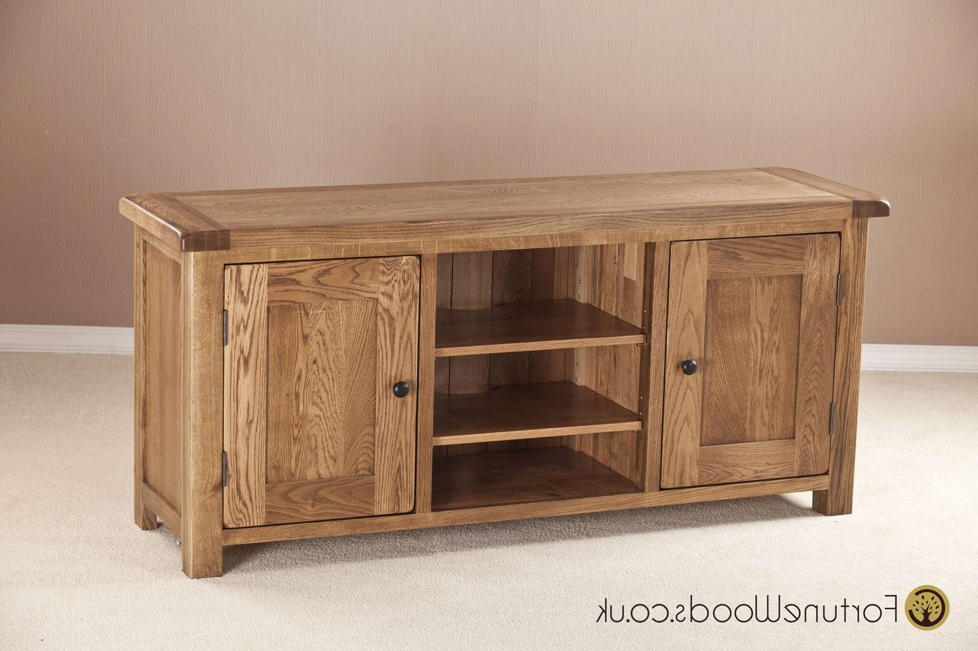 Large Oak Tv Unit With Wooden Doors With Long Oak Tv Stands (View 11 of 20)