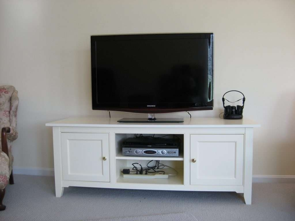 Living ~ Best Tv Unit Designs Credenza Tv Stand Best Deals On Tv Within Modern Tv Stands For Flat Screens (View 15 of 15)