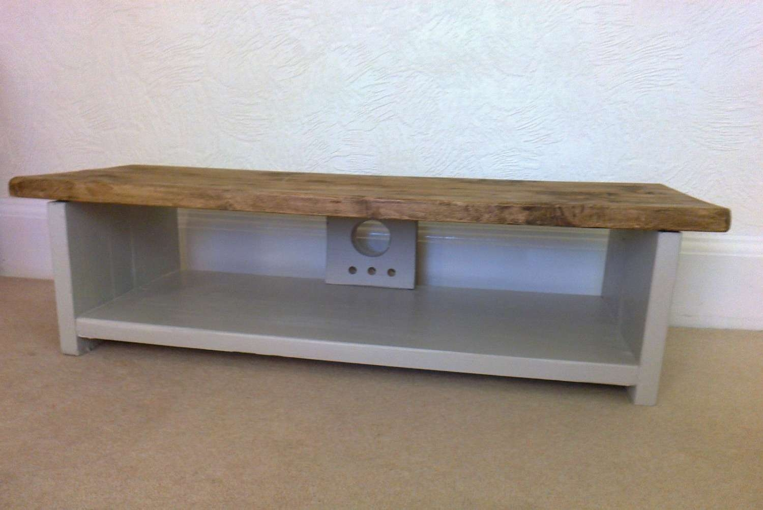 Low Tv Stand Rustic Pine Tv Unit / Table For Large Lcd Intended For Pine Tv Stands (View 14 of 20)