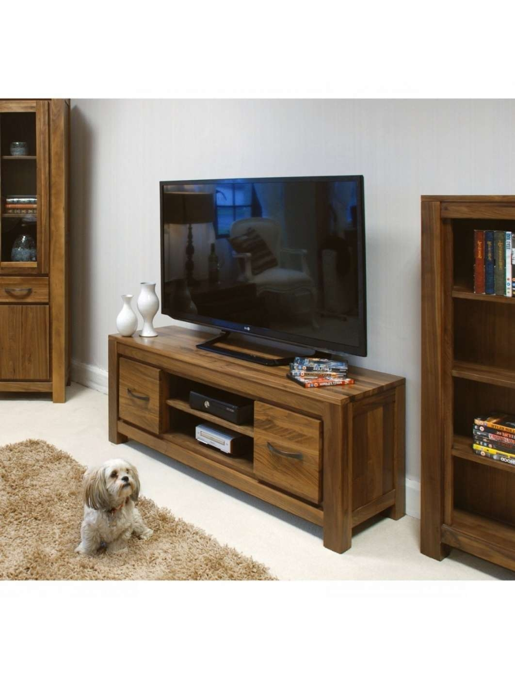 Low Widescreen Tv Stand Baumhaus Mayan Walnut Cwc09A | 121 Tv Mounts Throughout Widescreen Tv Stands (View 6 of 15)