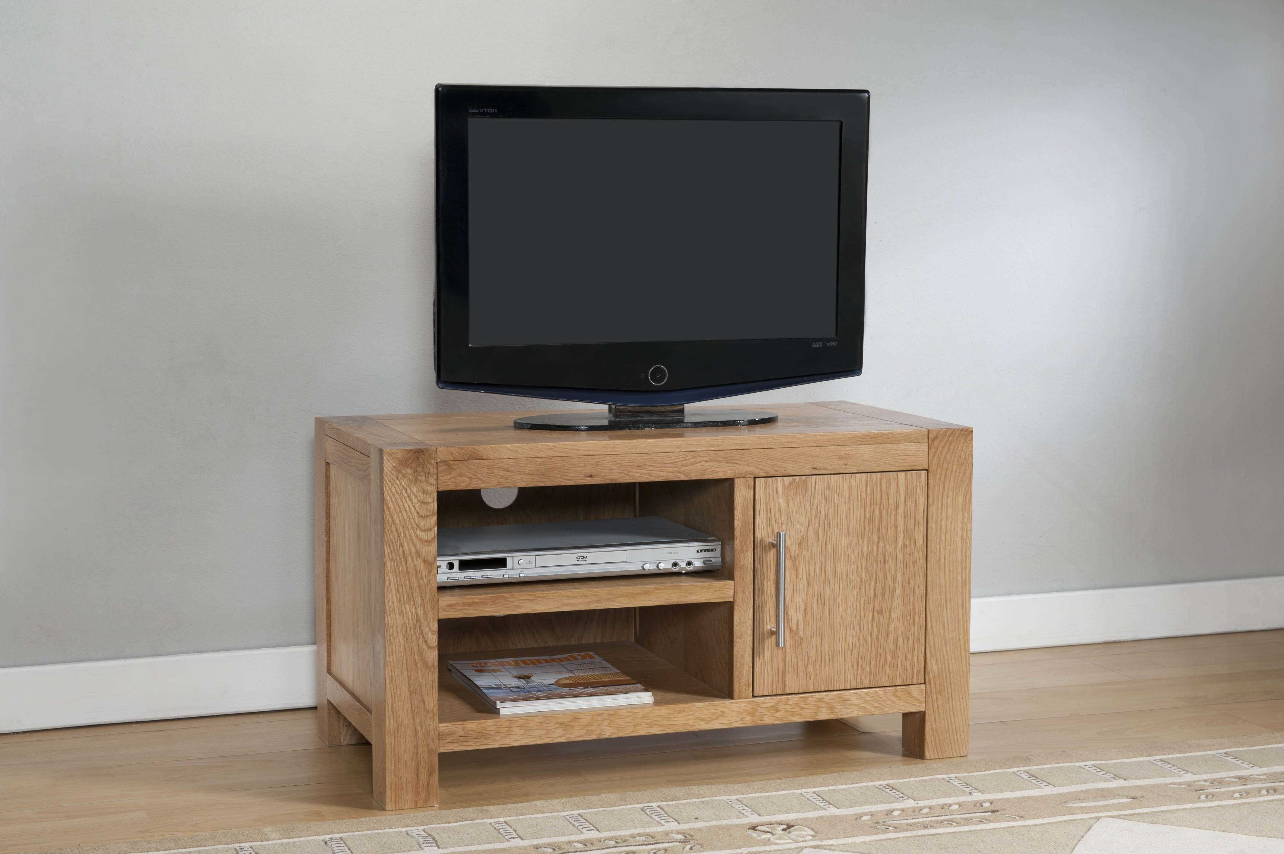 Milano Oak 1 Door Tv Stand With Shelf | Oak Furniture Solutions For Oak Tv Cabinets With Doors (View 7 of 20)