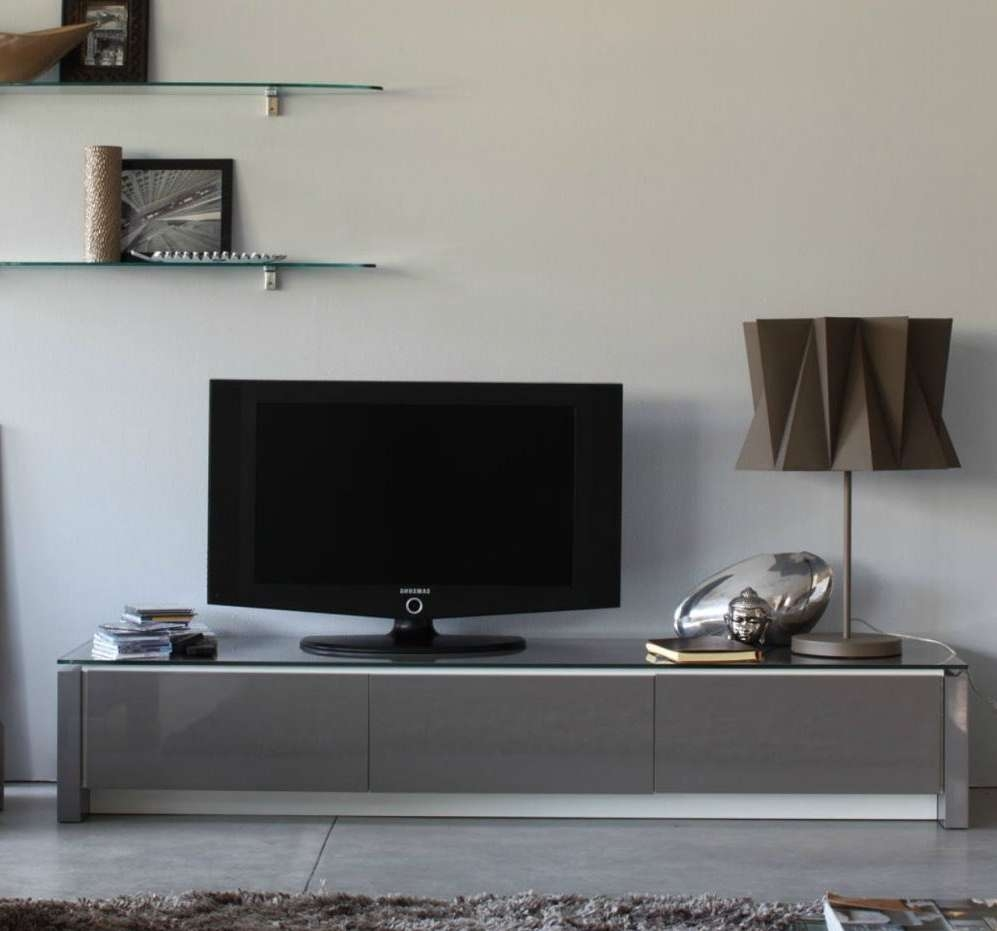 Modern Mirrored Low Profile Media Console With Glass Top Ideas Of Intended For Modern Low Profile Tv Stands (View 7 of 15)