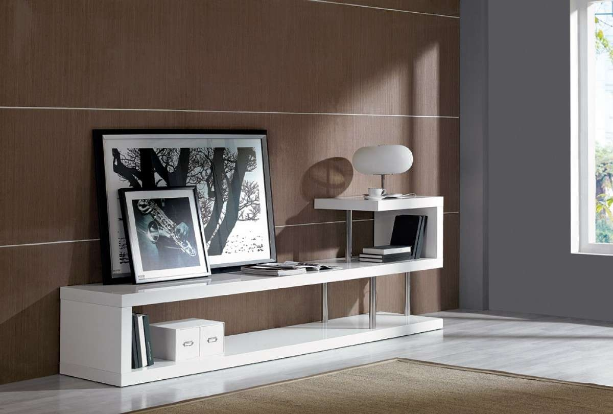Modern White Lacquer Tv Stand Pertaining To Modern White Lacquer Tv Stands (View 11 of 15)