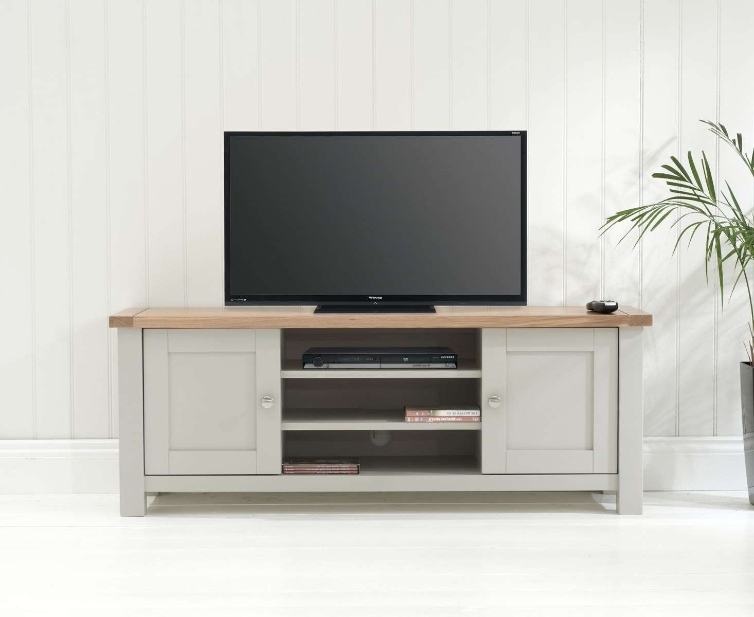 Oak Tv & Entertainment Units | Oak Furniture Superstore For Long Oak Tv Stands (Gallery 19 of 20)
