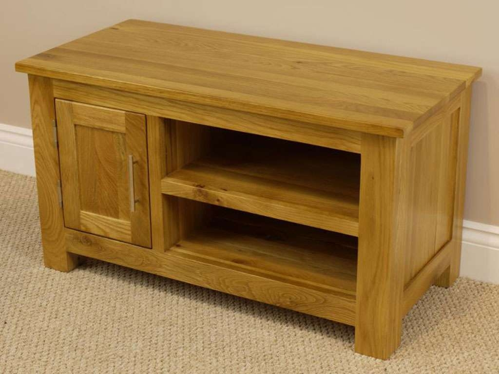 Oakland Chunky Oak Small Tv Unit / Plasma Tv Stand / Small Tv In Small Oak Tv Cabinets (Gallery 17 of 20)