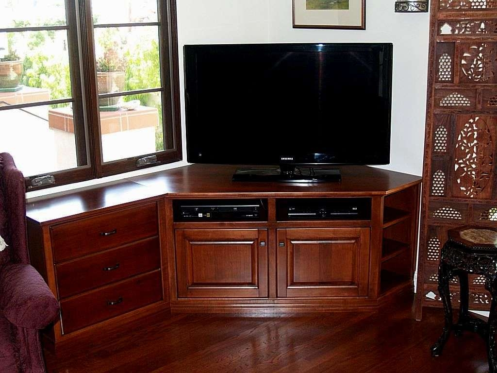 Pretty Ideas Corner Tv Cabinet For Flat Screens Creative Tv Stands With Corner Tv Cabinets For Flat Screen (View 2 of 20)