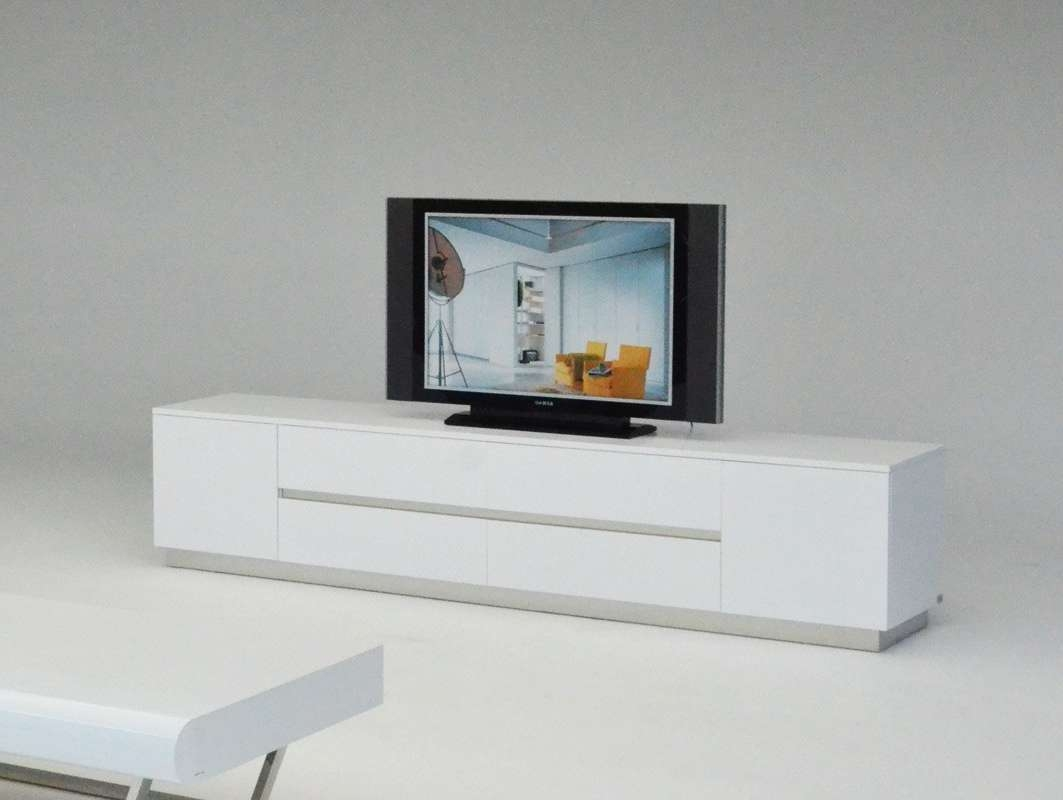 Skyline Modern White Crocodile Tv Entertainment Center For Modern White Lacquer Tv Stands (View 14 of 15)