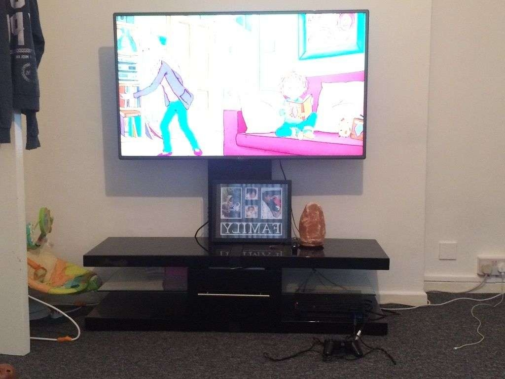 Techlink Echo Ec130tvb Tv Stand With Bracket | In Holborn, London With Techlink Echo Ec130tvb Tv Stands (View 17 of 20)