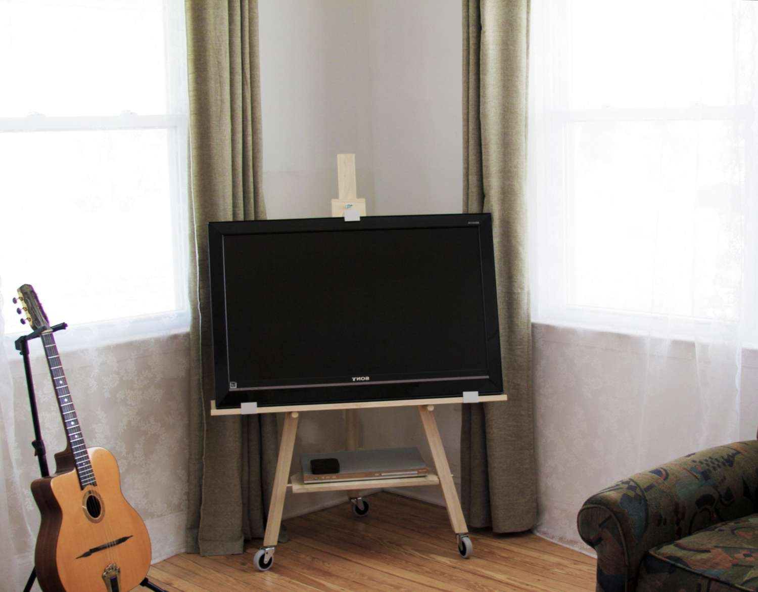 Tv Easel Stand Inside Easel Tv Stands For Flat Screens (View 4 of 15)