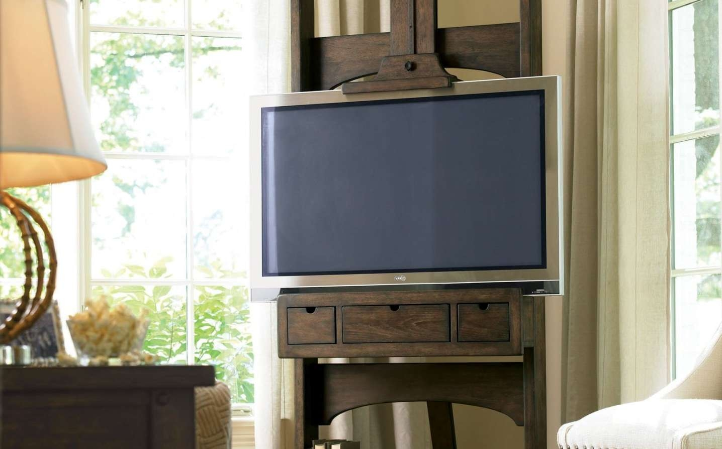 Tv : Exotic Easel Tv Stands For Flat Screens Gripping Easel Tv Regarding Easel Tv Stands For Flat Screens (View 7 of 15)