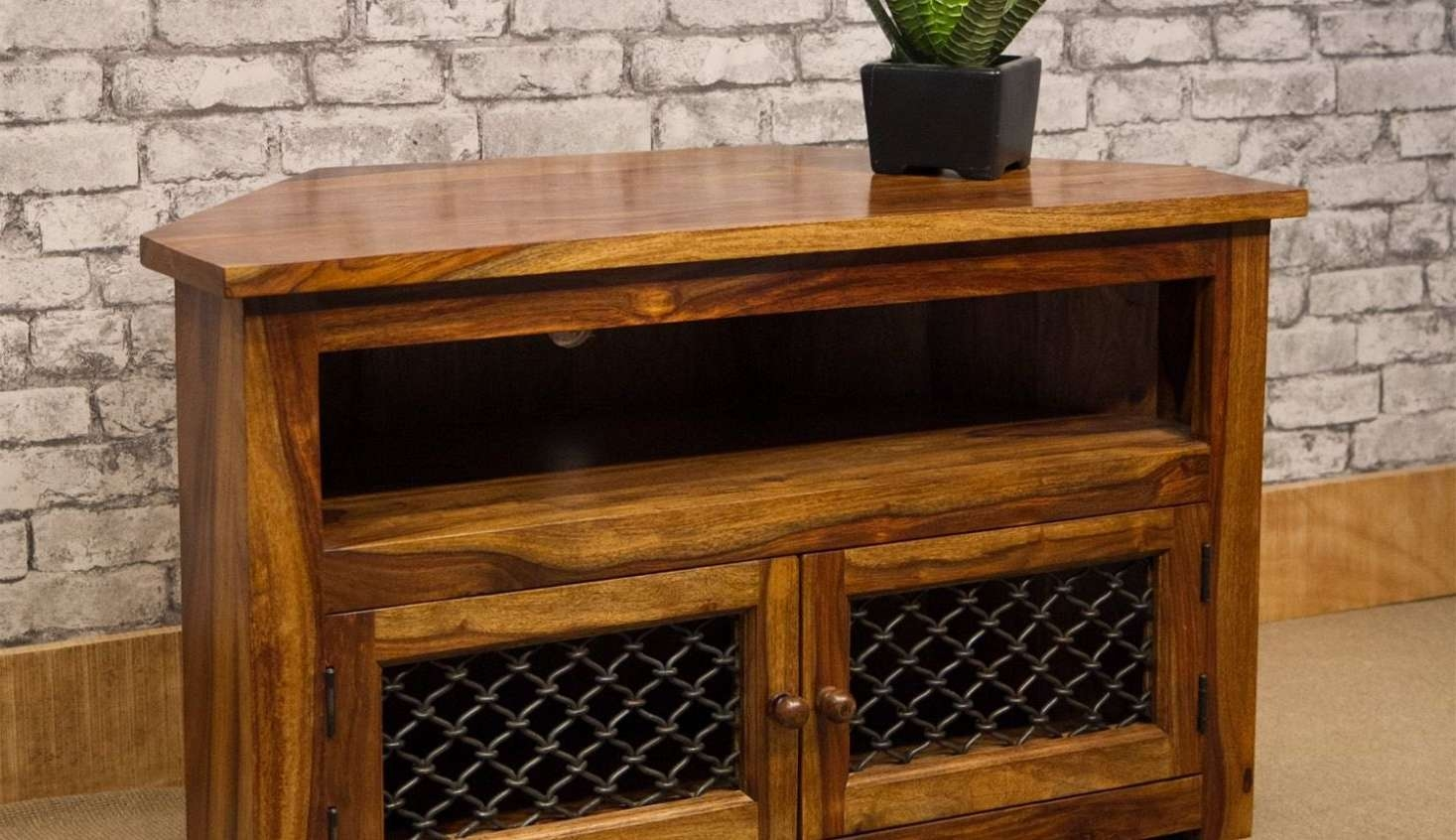 Tv : Jali Sheesham Chunky Tv Stand Amazing Jali Tv Cabinets Jali For Chunky Tv Cabinets (View 15 of 20)