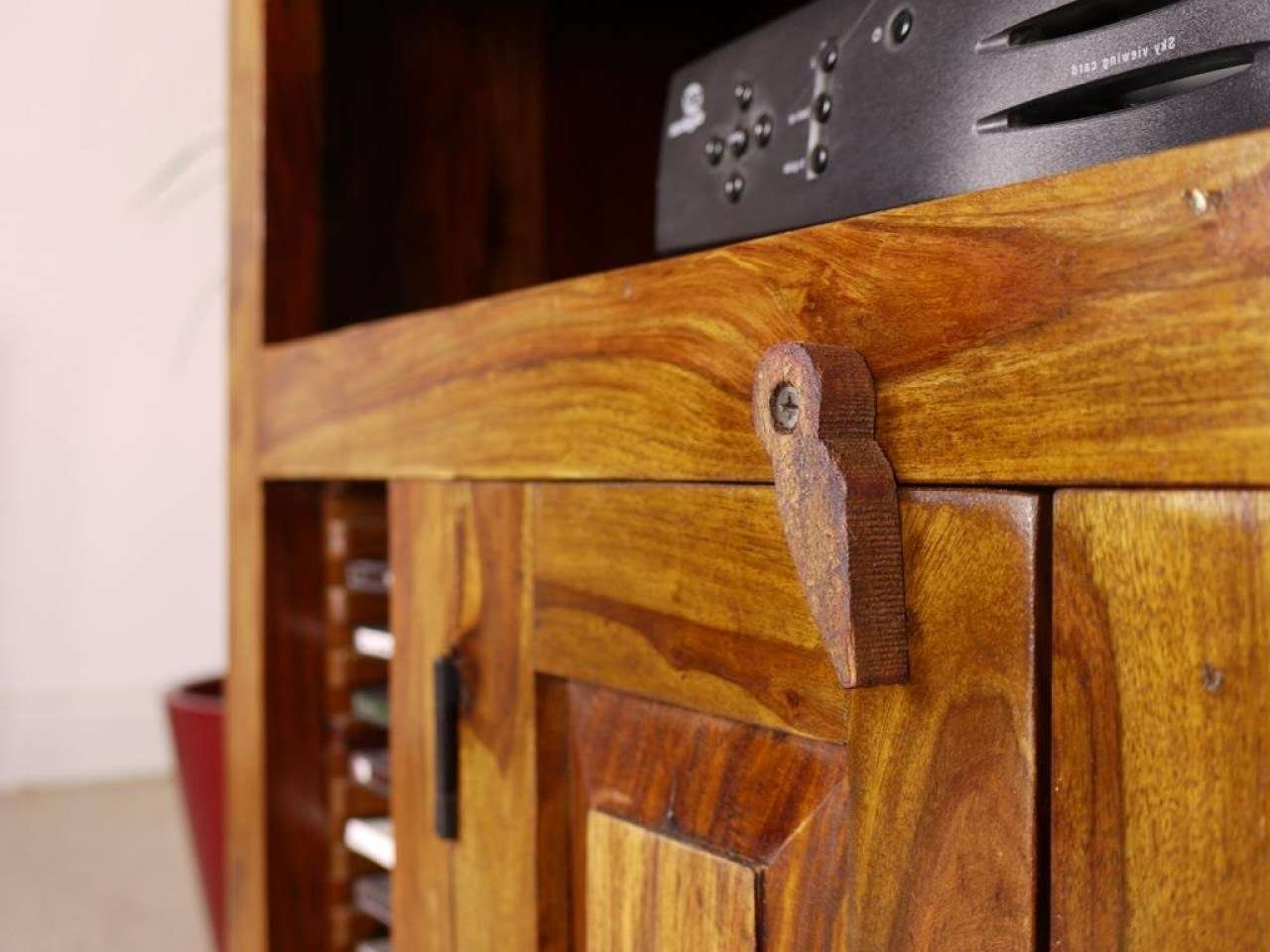 Tv : Trend Solid Chunky Oak Large Tv Dvd Video Stand Stunning With Regard To Chunky Tv Cabinets (View 18 of 20)