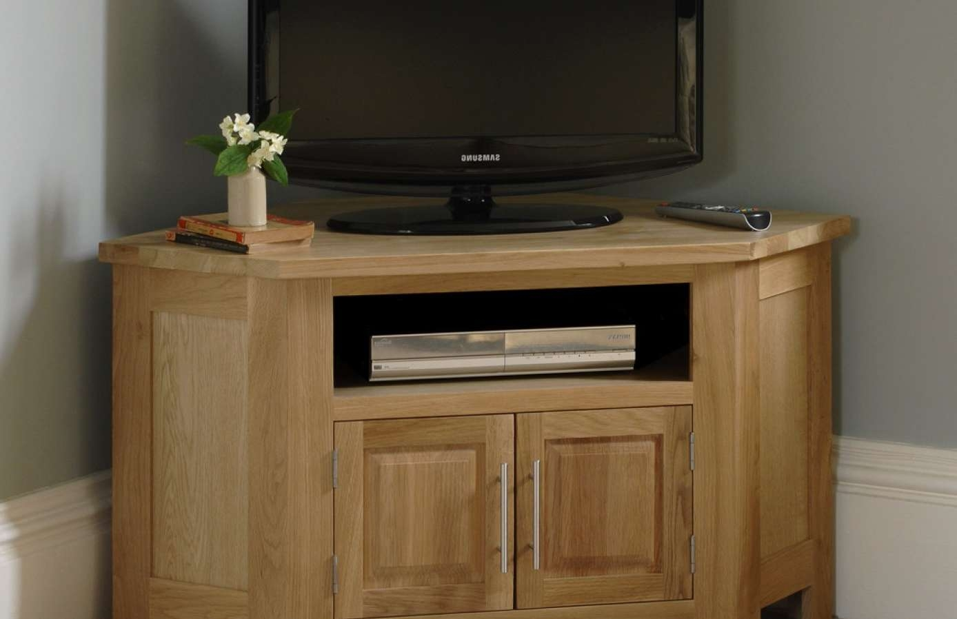 Tv : Wonderful Wooden Corner Tv Cabinets Uk Delicate Dark Oak Throughout Wooden Corner Tv Cabinets (View 17 of 20)