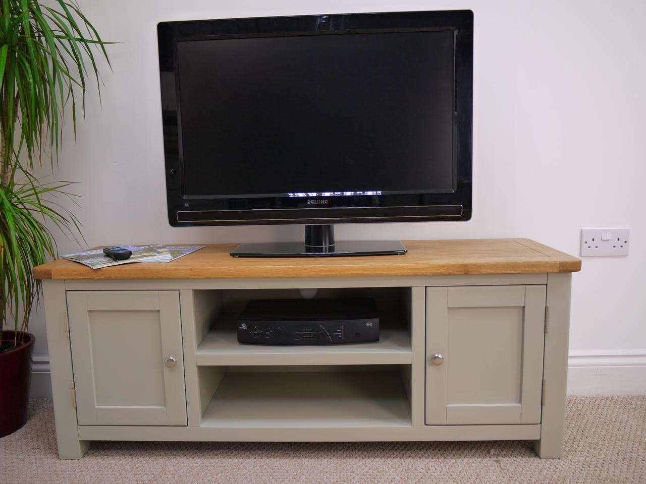 Unfinished Wood Tv Stands For Flat Screens : Innovative Designs Inside Oak Tv Cabinets For Flat Screens (View 20 of 20)