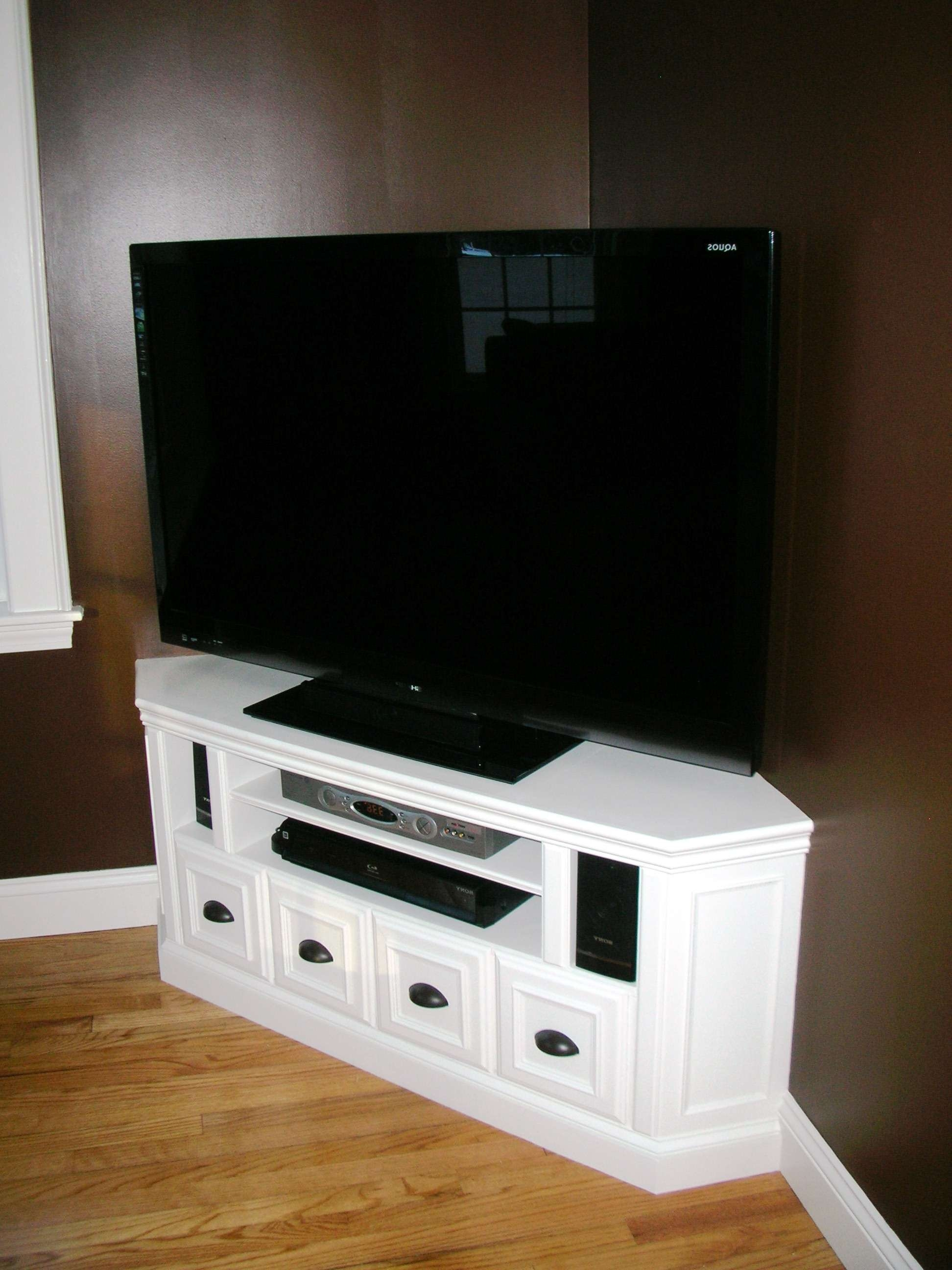 Vintage White Painted Wooden Corner Tv Cabinet With Cubism Drawers Throughout White Wood Corner Tv Stands (View 12 of 15)
