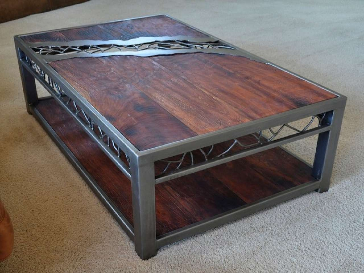2017 Stylish Coffee Tables Within Metal Coffee Table Design Possibilities With Stylish Appeal (View 14 of 20)