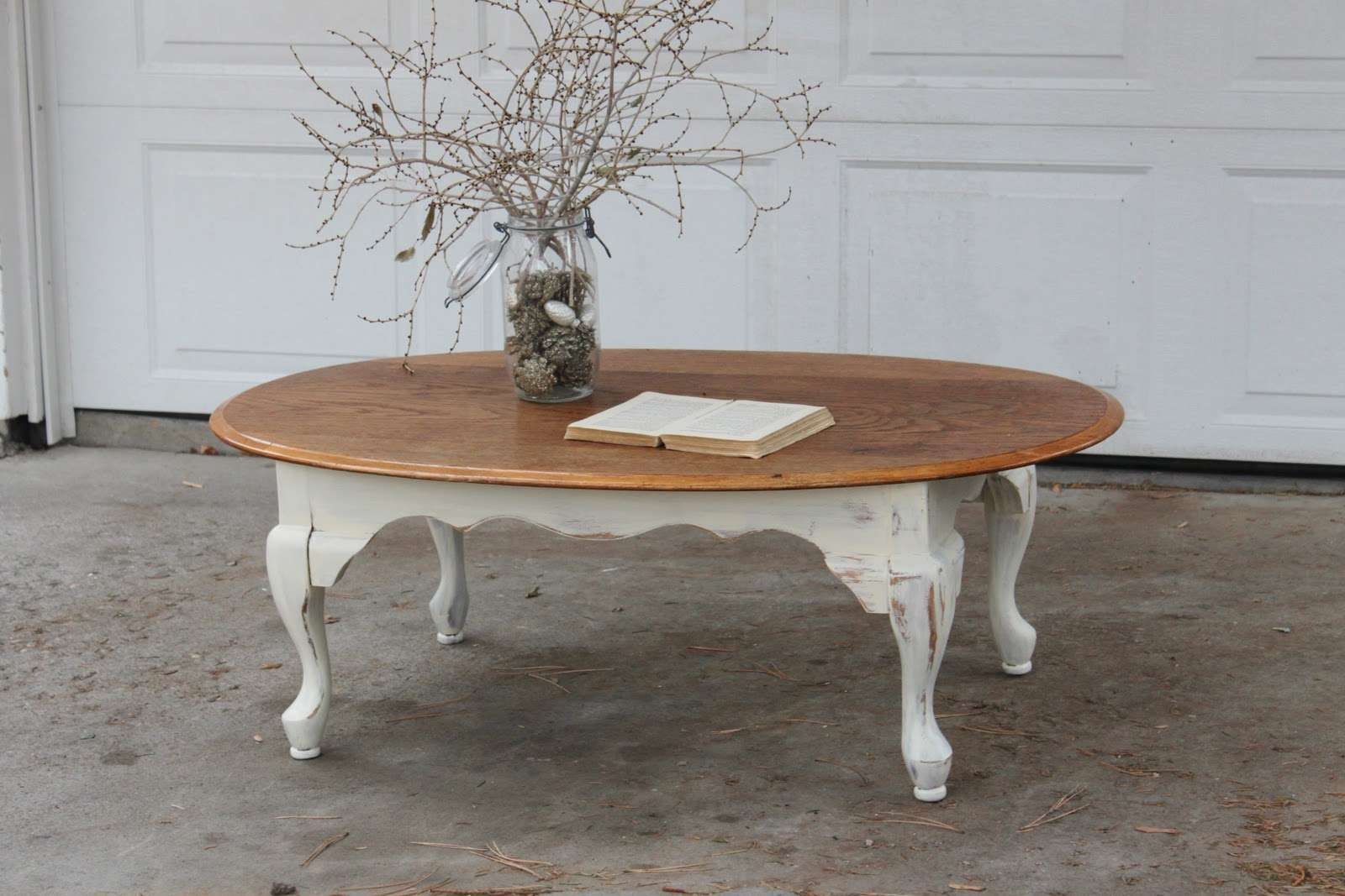 2017 White Retro Coffee Tables Regarding Engaging Round Brown Shabby Chic Coffee Table – Home Furniture Ideas (View 1 of 20)