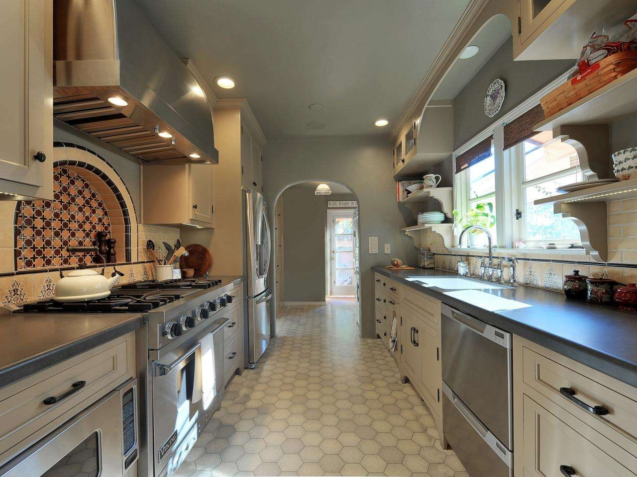 91 Types Compulsory Custom Modern Kitchen Cabinets Regarding Baby Proof Contemporary Tv Cabinets (View 3 of 20)