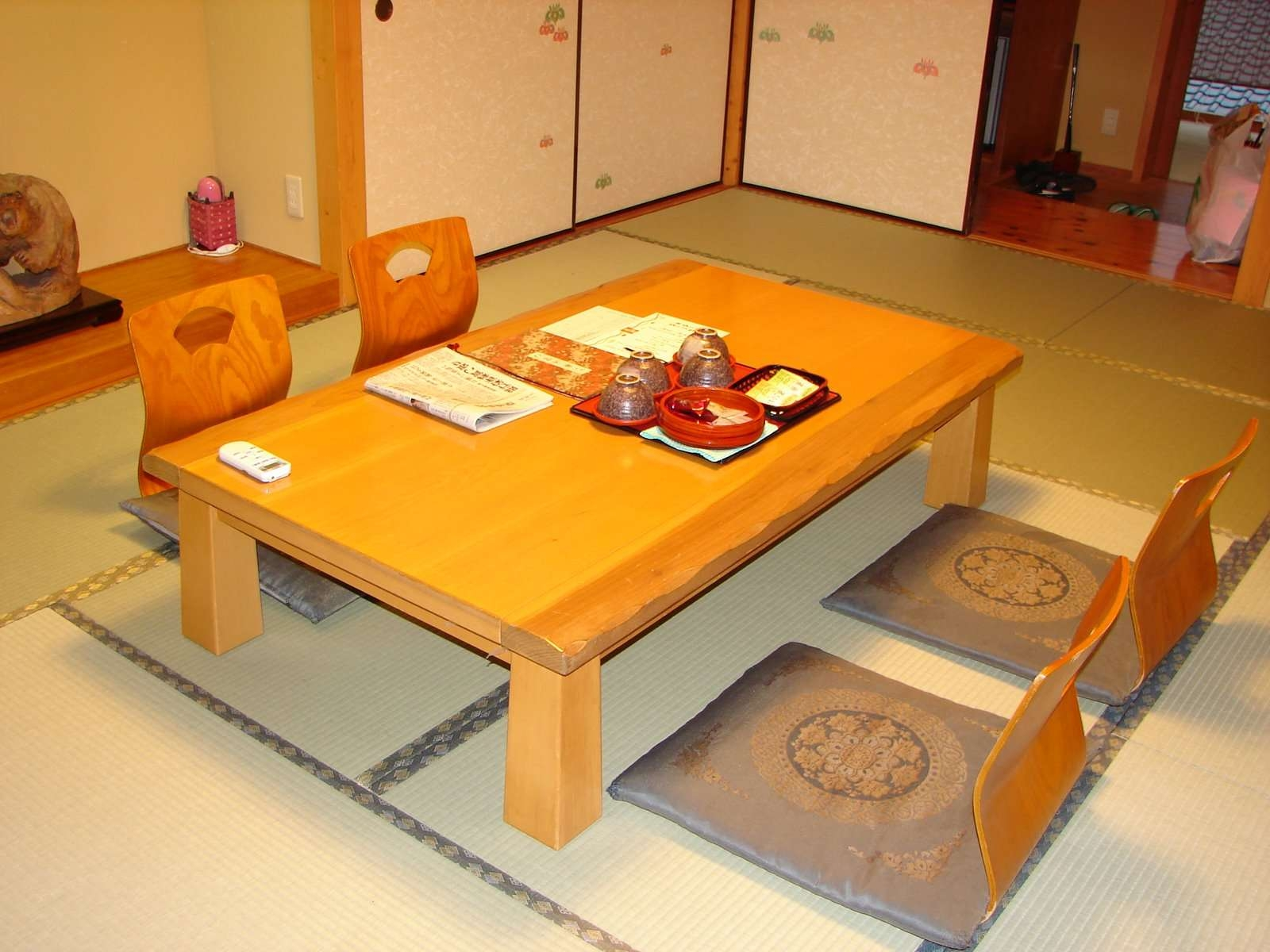 Amazing Japanese Tabletucker Robbins Room Tables Japanese With Most Current Low Japanese Style Coffee Tables (View 2 of 20)