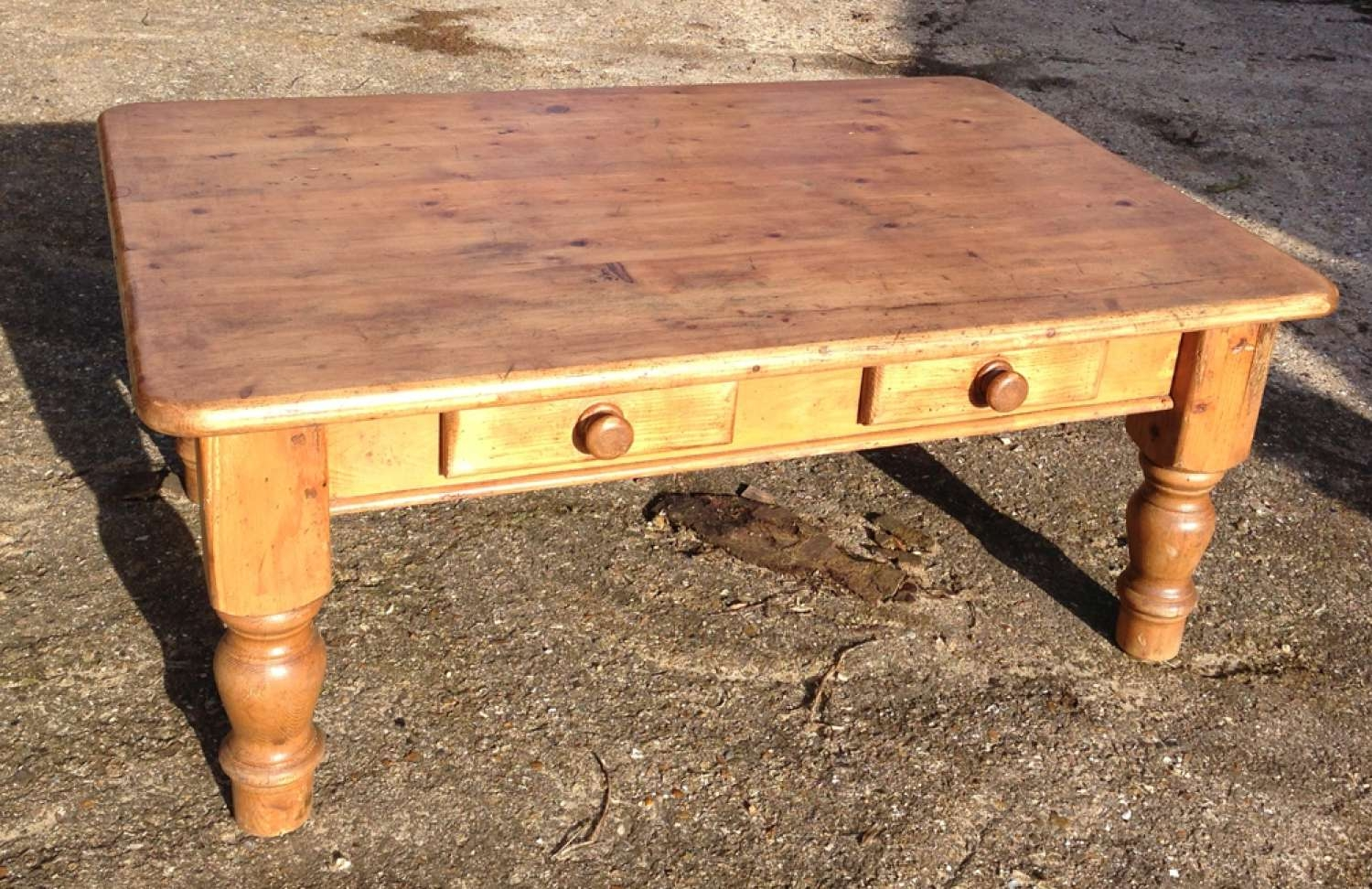 Antique English Pine Coffee Table Design Within Cur Tables