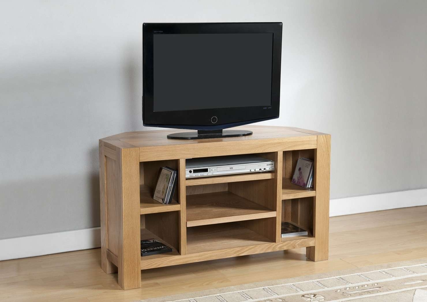 Aylesbury Contemporary Light Oak Corner Tv Unit | Oak Furniture Uk For Light Oak Corner Tv Cabinets (View 1 of 20)