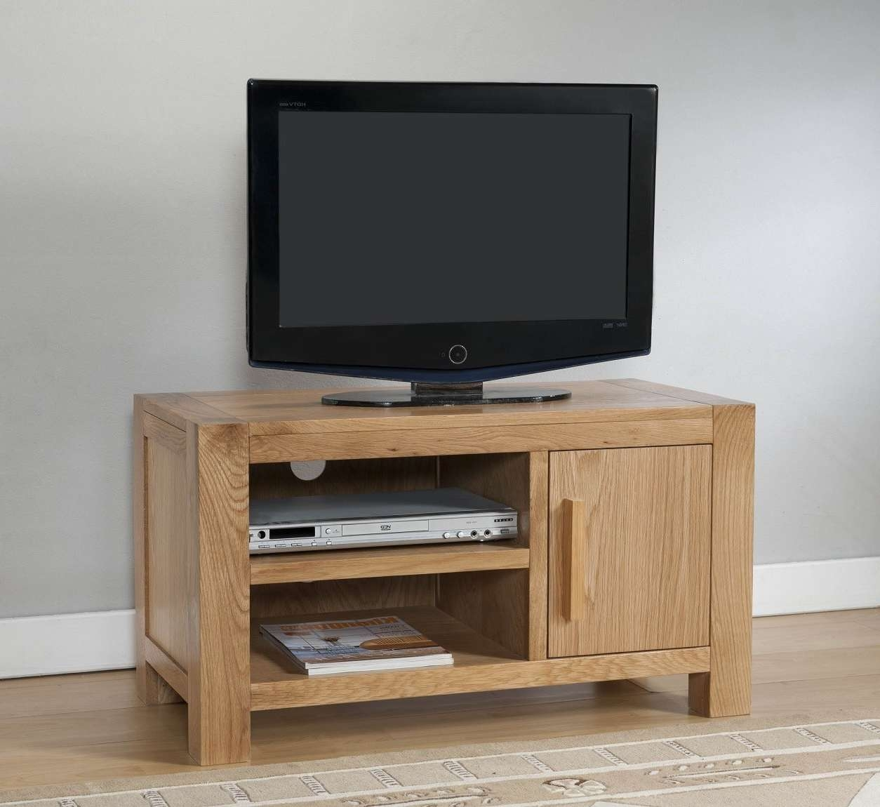 Aylesbury Contemporary Light Oak Small Tv Unit | Oak Furniture Uk Intended For Small Oak Tv Cabinets (View 1 of 20)