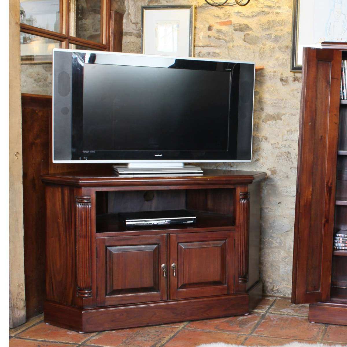 Baumhaus La Roque Mahogany Corner Tv Cabinet Imr09B For Mahogany Corner Tv Cabinets (View 5 of 20)