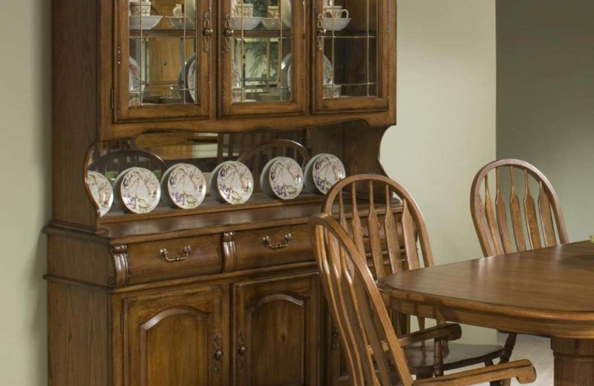 Cabinet : Traditional Sideboards Stunning Distressed Sideboards With Regard To Traditional Sideboards (View 19 of 20)
