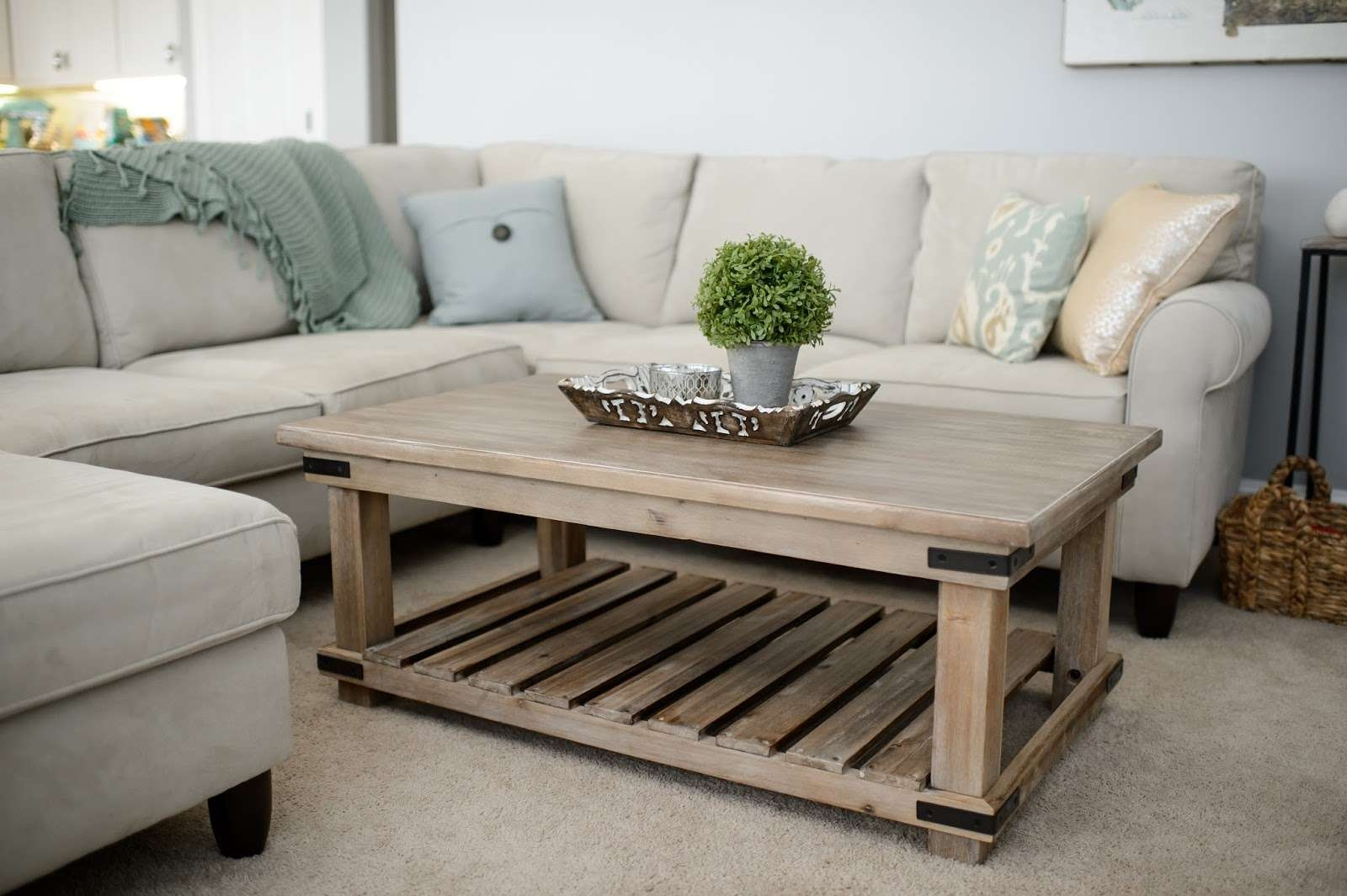 Coffee Tables : Farmhouse End Table Reclaimed Wood Round Coffee Throughout Most Current Country Coffee Tables (View 4 of 20)