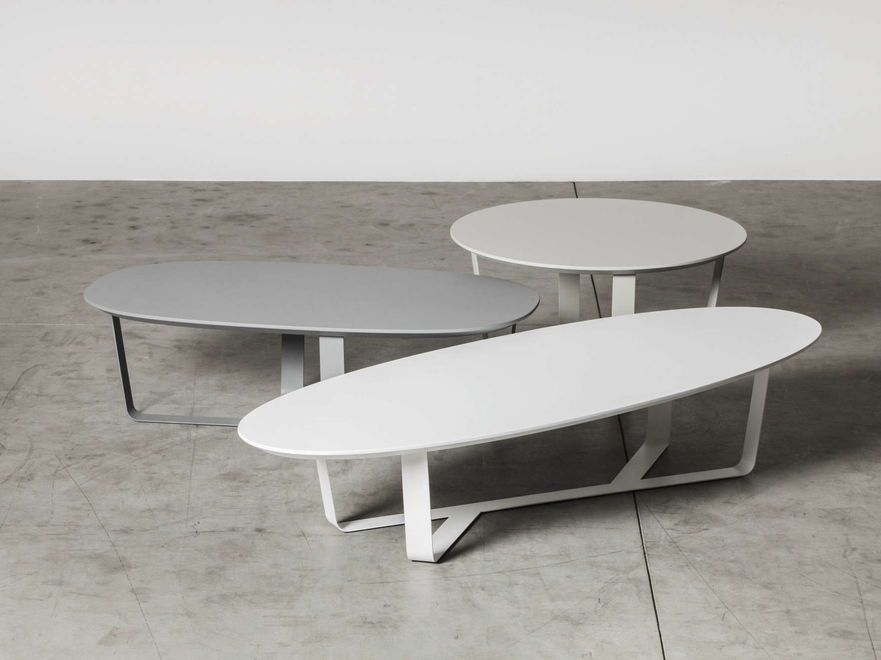 Coffee Tables : Small Oval Coffee Table For Home Design Modern In Newest Oval White Coffee Tables (View 6 of 20)