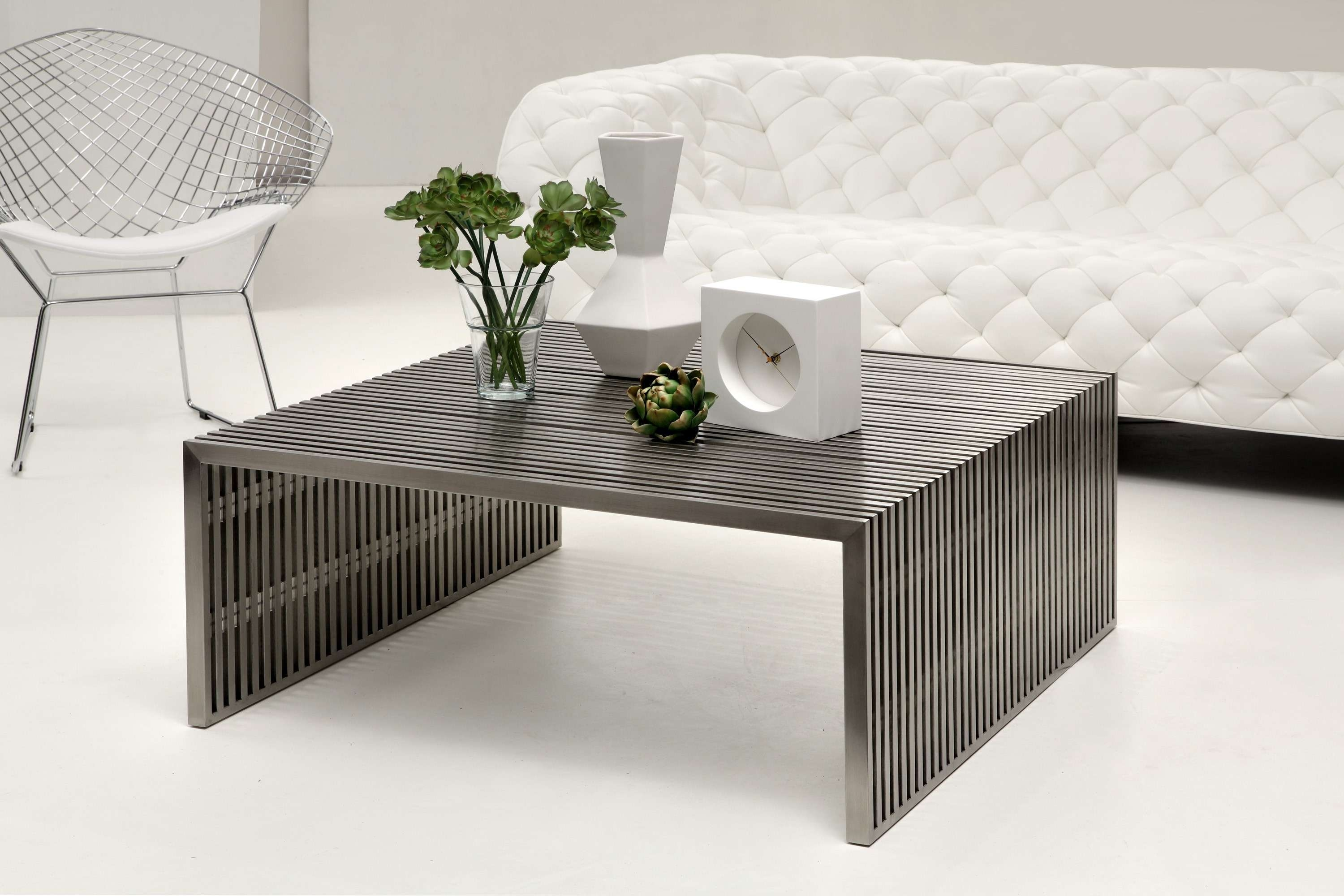 Current Dark Wood Square Coffee Tables In Coffee Tables : Chic Brown Traditional Wood Small Square Coffee (View 15 of 20)