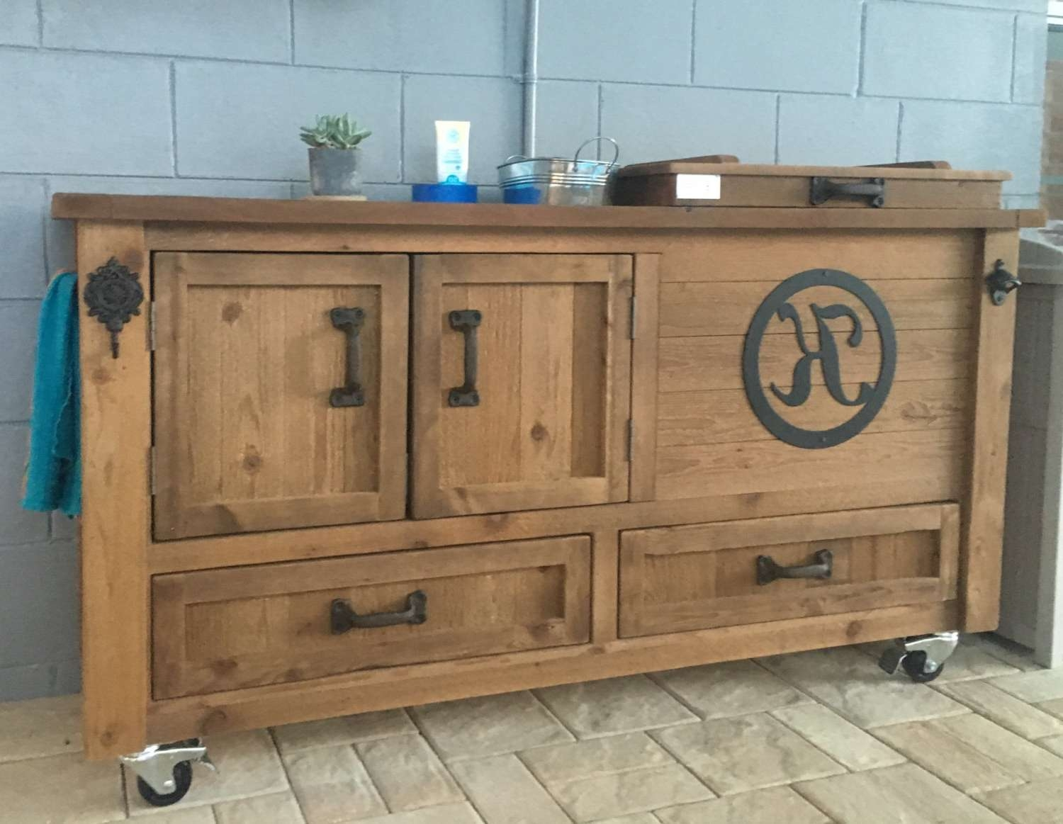 Custom Outdoor Cabinet Rustic Cooler Bar Cart Grilling Prep Intended For Rustic Buffet Sideboards (View 2 of 20)
