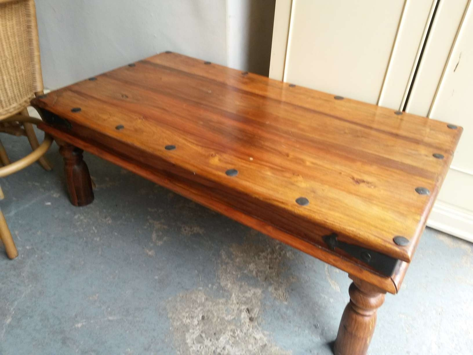 Decoration In Indian Coffee Table With Sold Indian Sheesham Coffee Within Trendy Sheesham Coffee Tables (View 4 of 20)