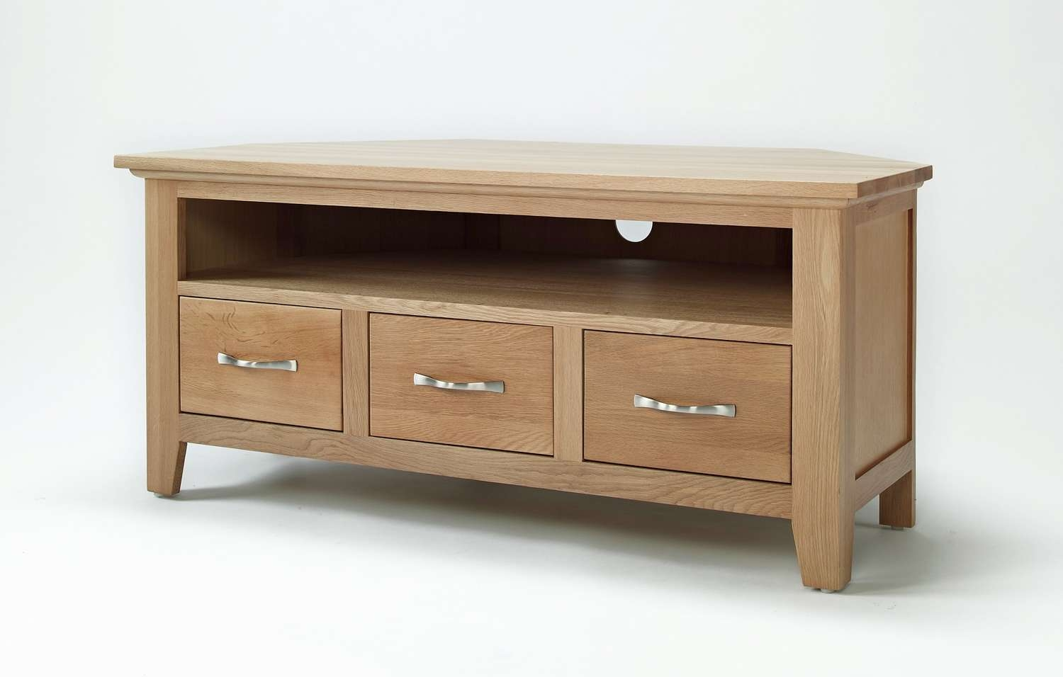 Elegant Oak Corner Television Unit | Hampshire Furniture Inside Corner Wooden Tv Cabinets (View 7 of 20)