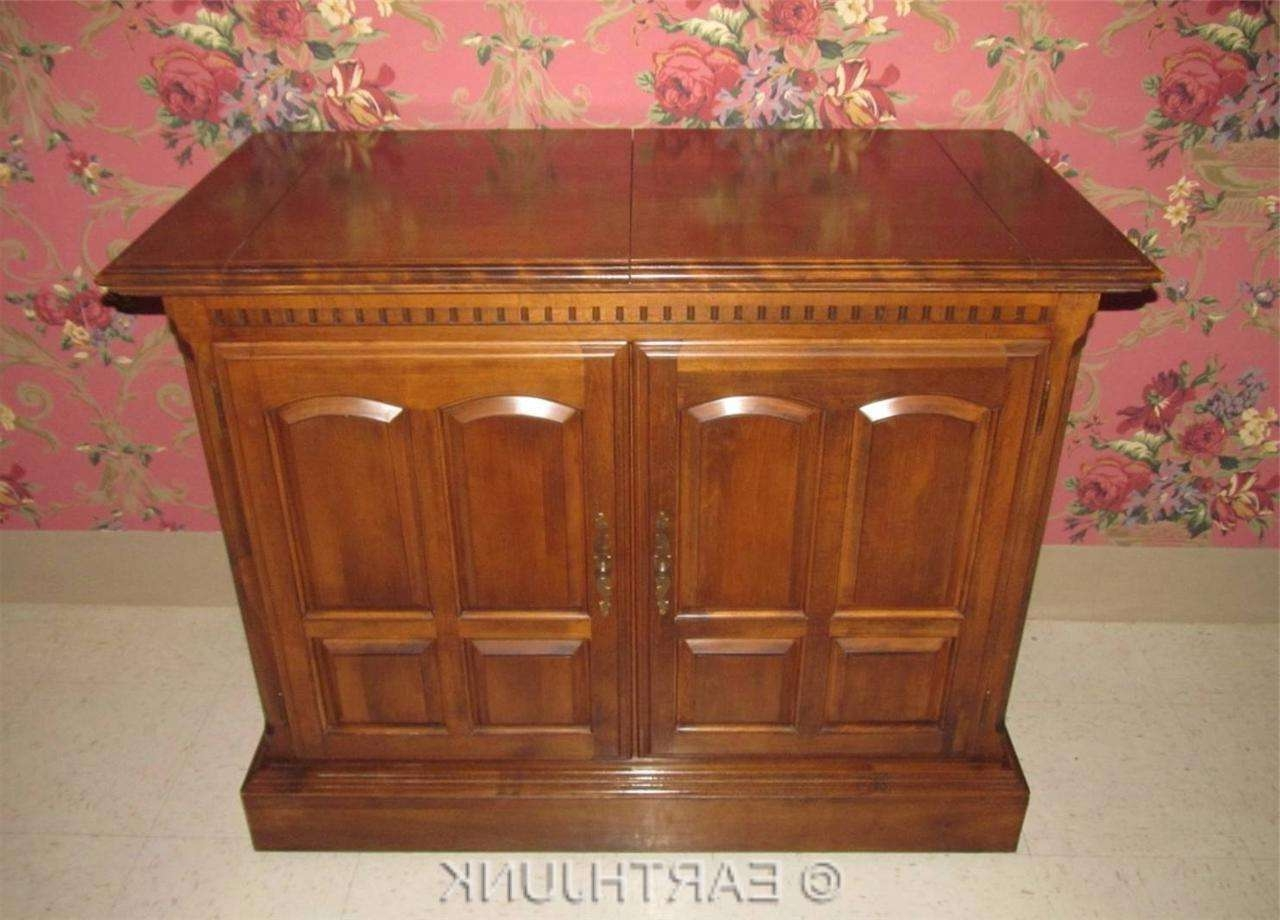 Ethan Allen Buffet Server Cabinet Classic Manor Maple Collection With Ethan Allen Sideboards (View 16 of 20)