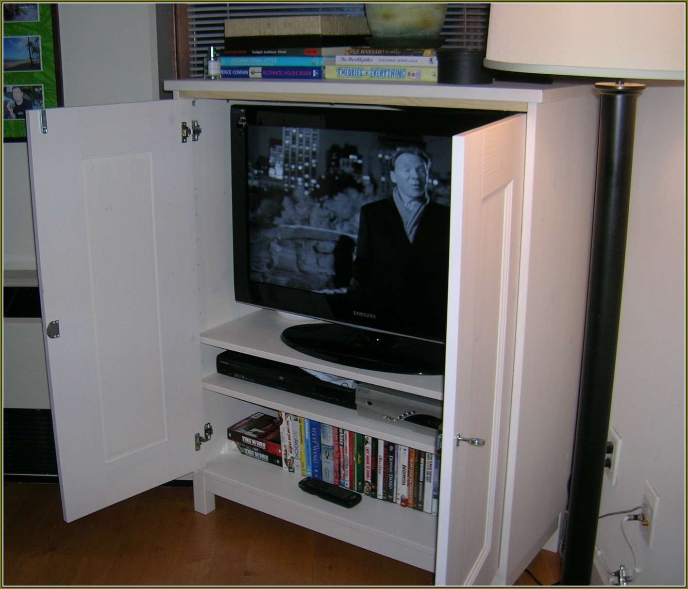 Flat Screen Tv Cabinet With Sliding Doors | Home Design Ideas Inside Wall Mounted Tv Cabinets With Sliding Doors (View 6 of 20)