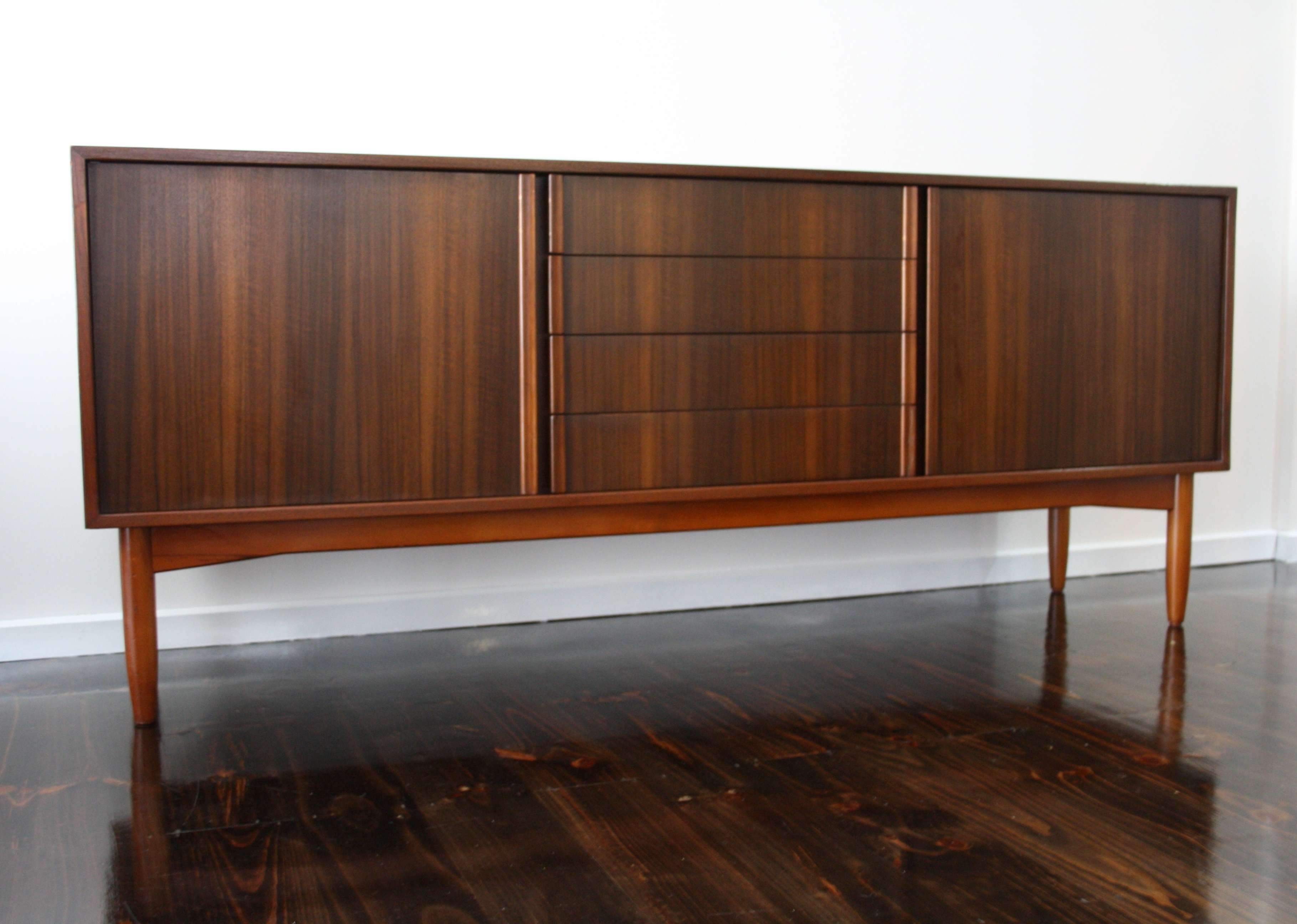 Furniture: Extra Long Sideboard With Modern Sideboard Also Italian With Regard To Modern Sideboards And Buffets (View 8 of 20)